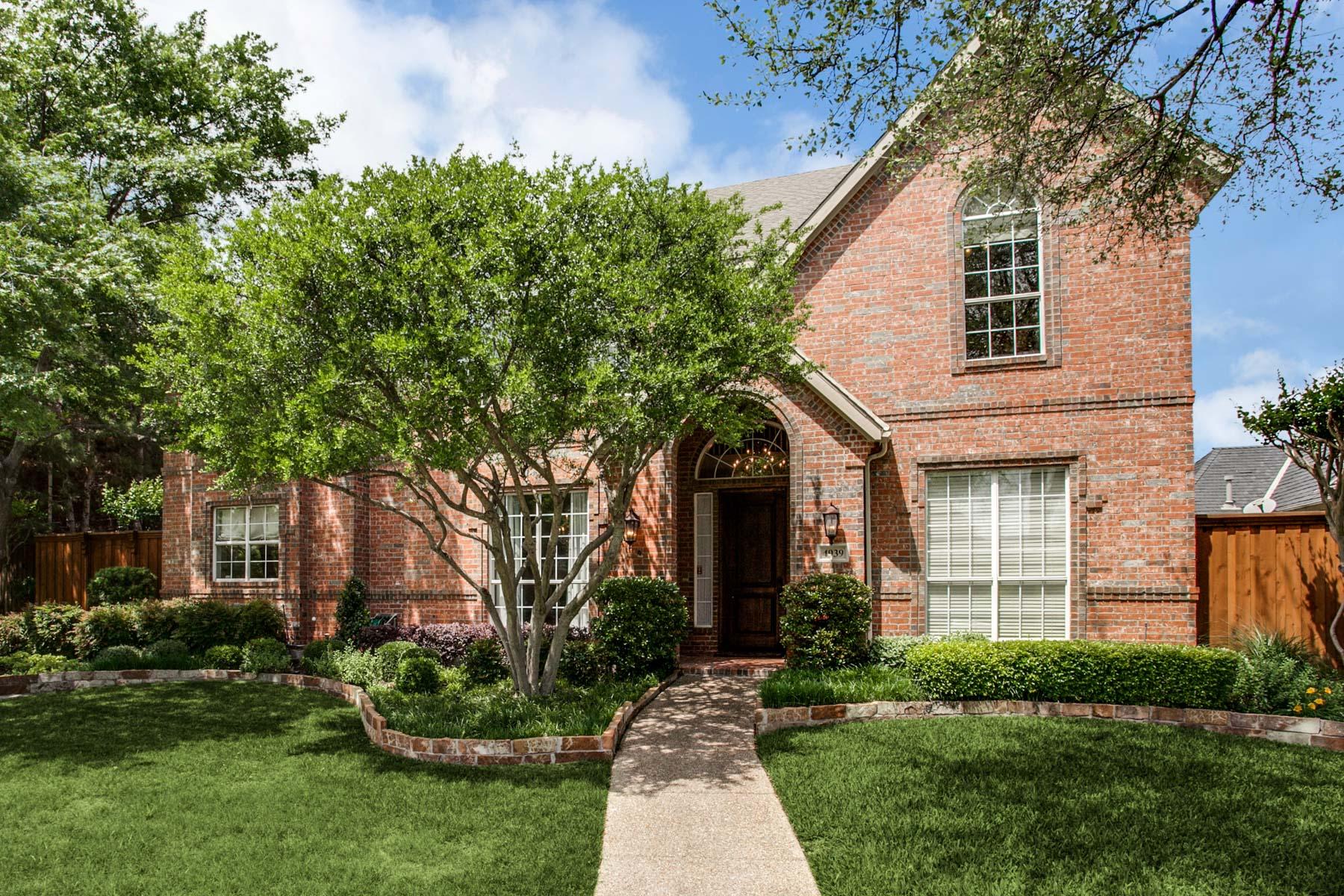 Nhà ở một gia đình vì Bán tại Bent Tree North Traditional 4939 Cape Coral Dr Dallas, Texas, 75287 Hoa Kỳ