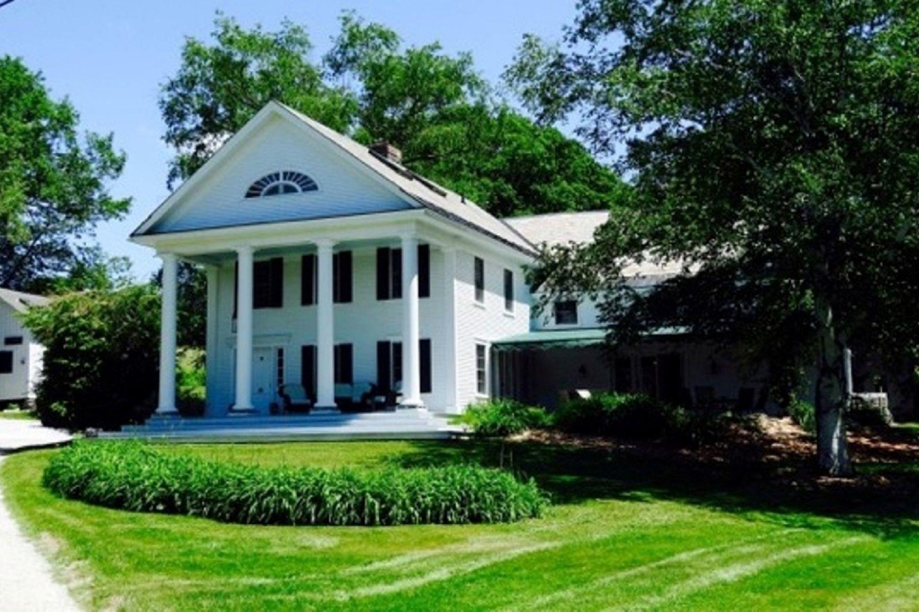 Casa para uma família para Venda às 336-H Tamarack Lane, Rutland Town 336-H Tamarack Ln Rutland Town, Vermont, 05701 Estados Unidos