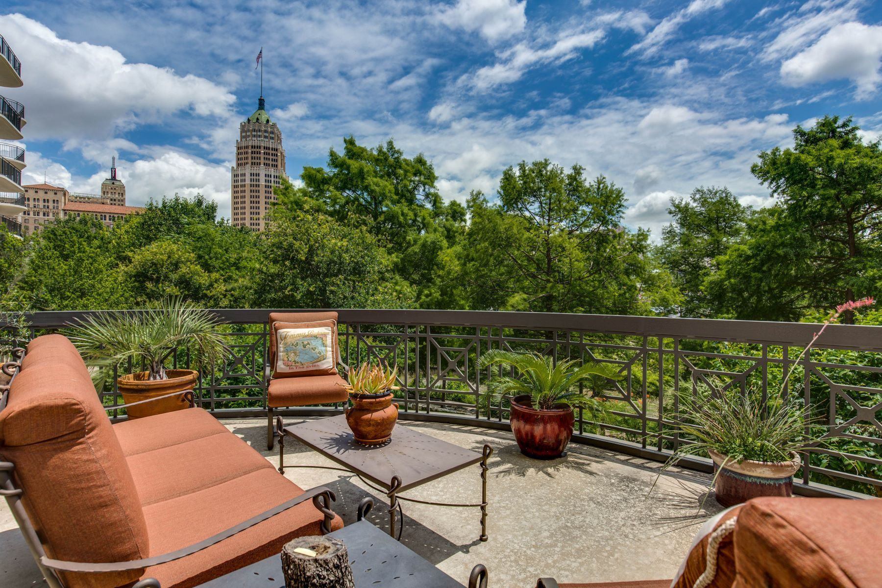 Condominium for Rent at Penthouse Style on the Riverwalk 230 Dwyer Ave 101 San Antonio, Texas 78204 United States