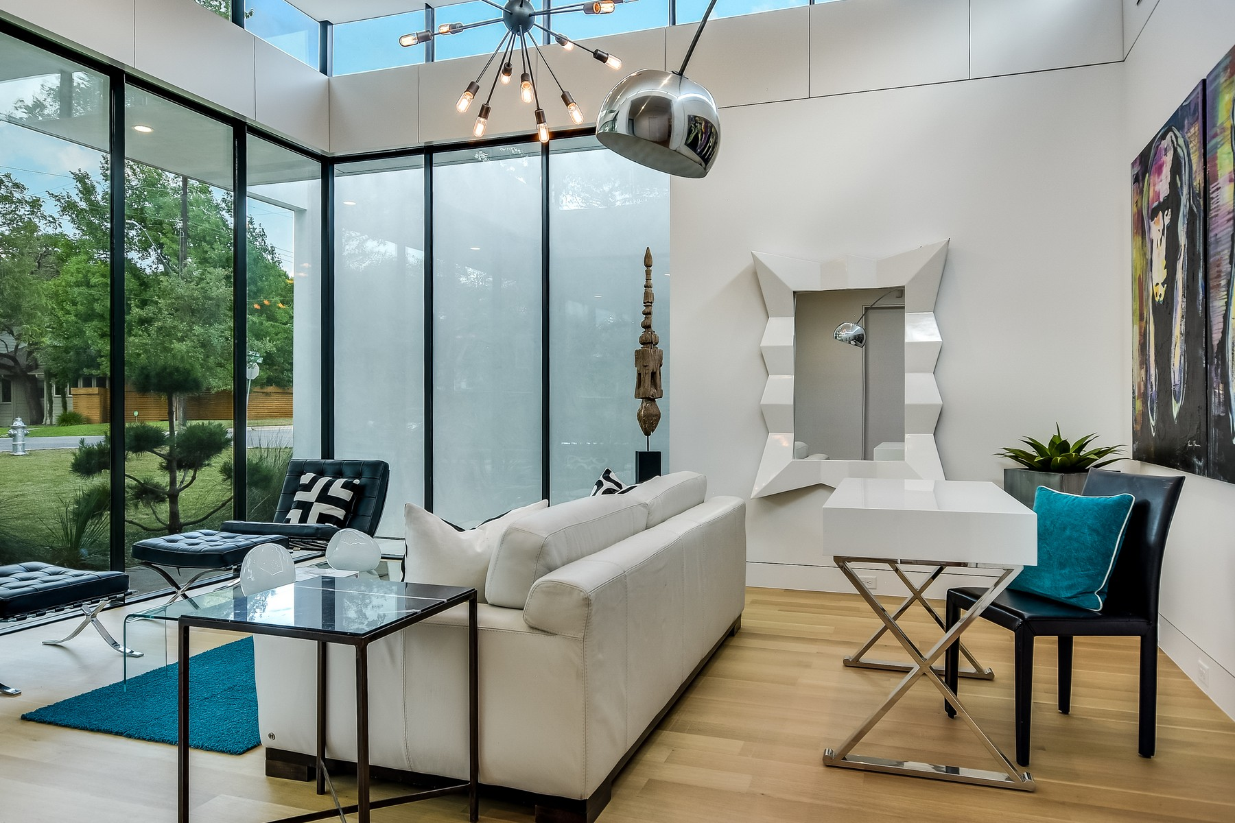 Additional photo for property listing at Modern Masterpiece in Tarrytown 3601 Bridle Path Austin, Texas 78703 United States