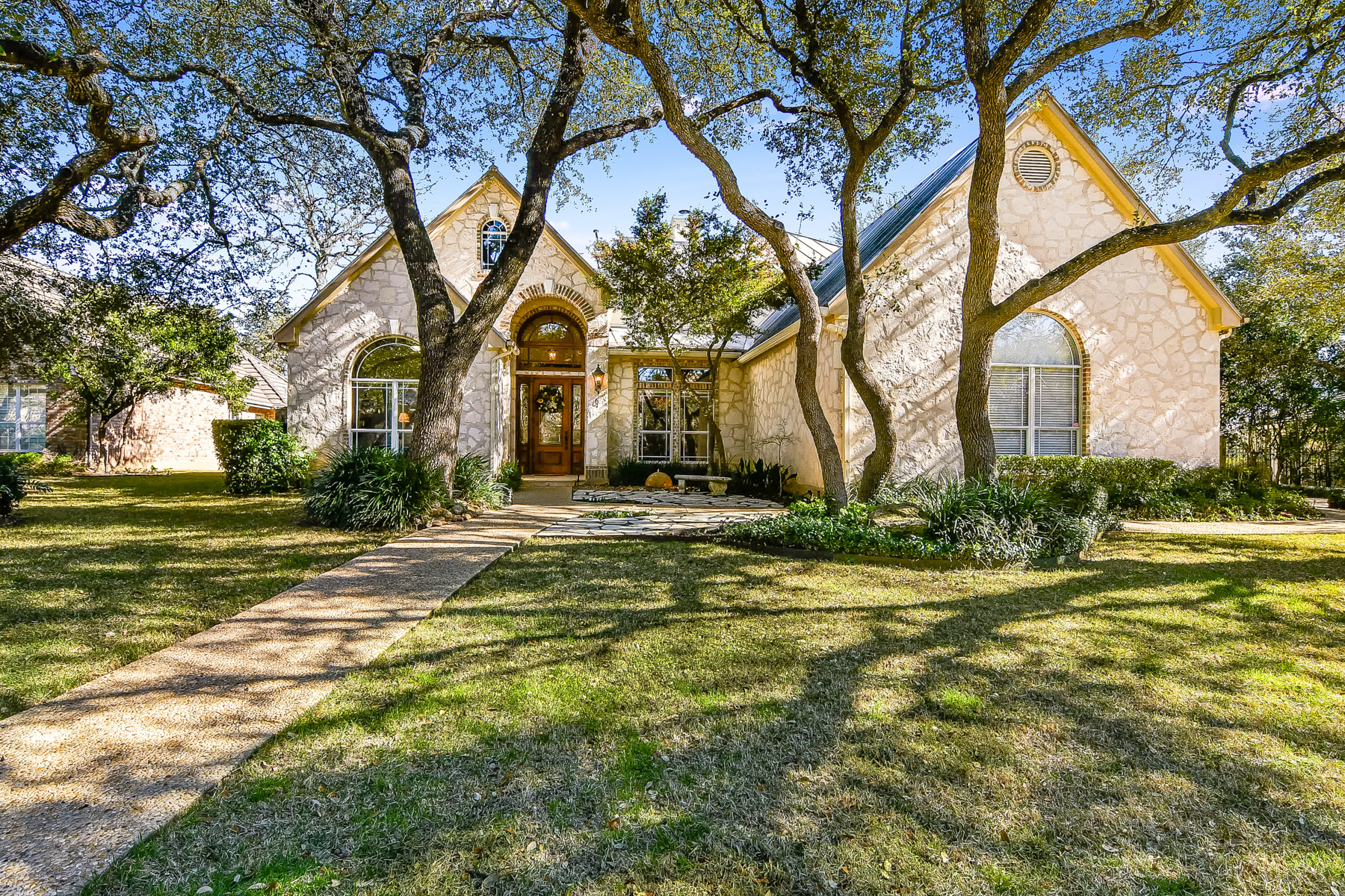 Single Family Home for Sale at Luxurious Home in Orsinger Lane 6 Orsinger Hill San Antonio, Texas 78230 United States