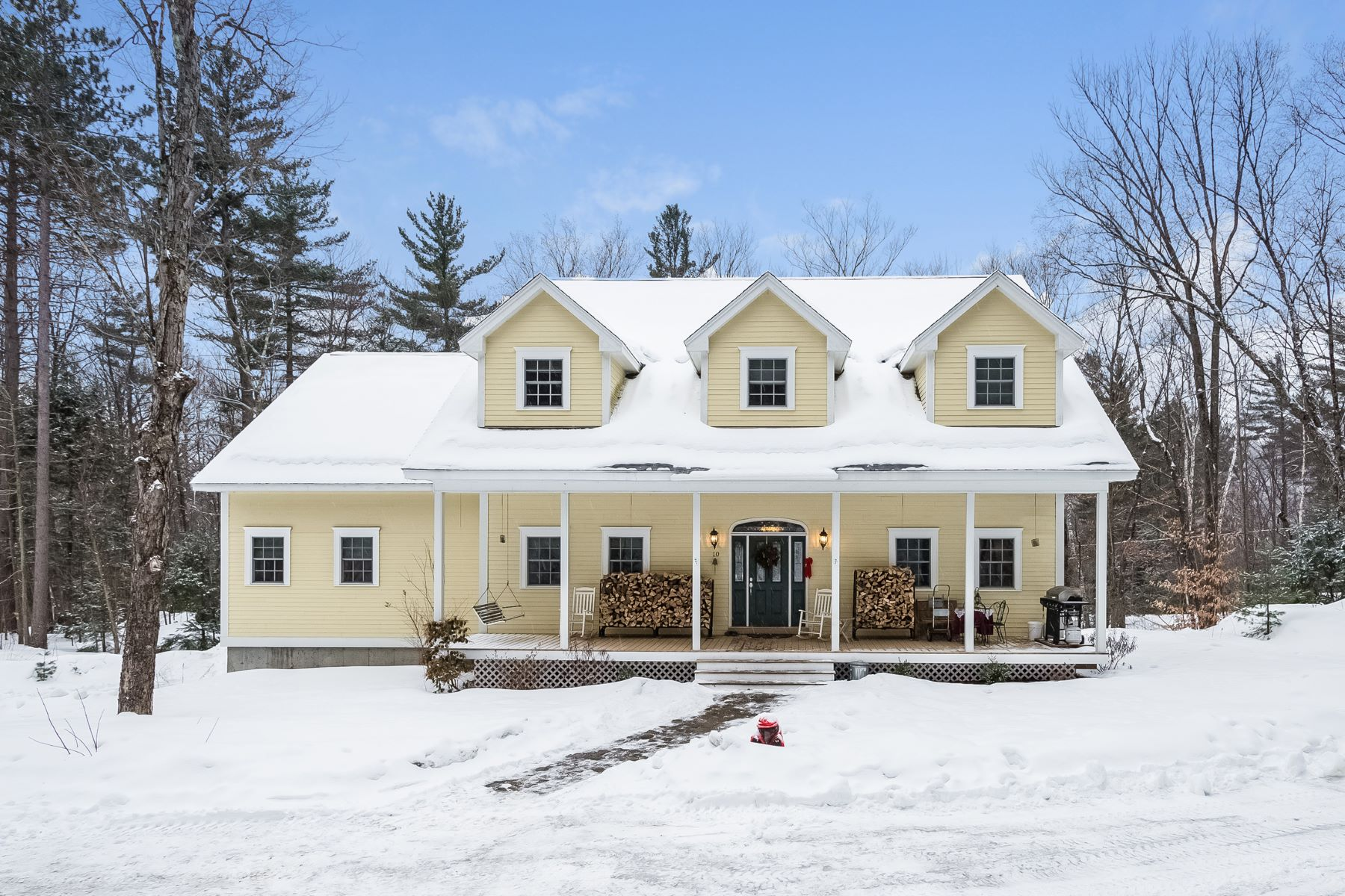 Single Family Home for Sale at Easy Living in the White Mountains 10 Old Fairfield Rd Woodstock, 03293 United States