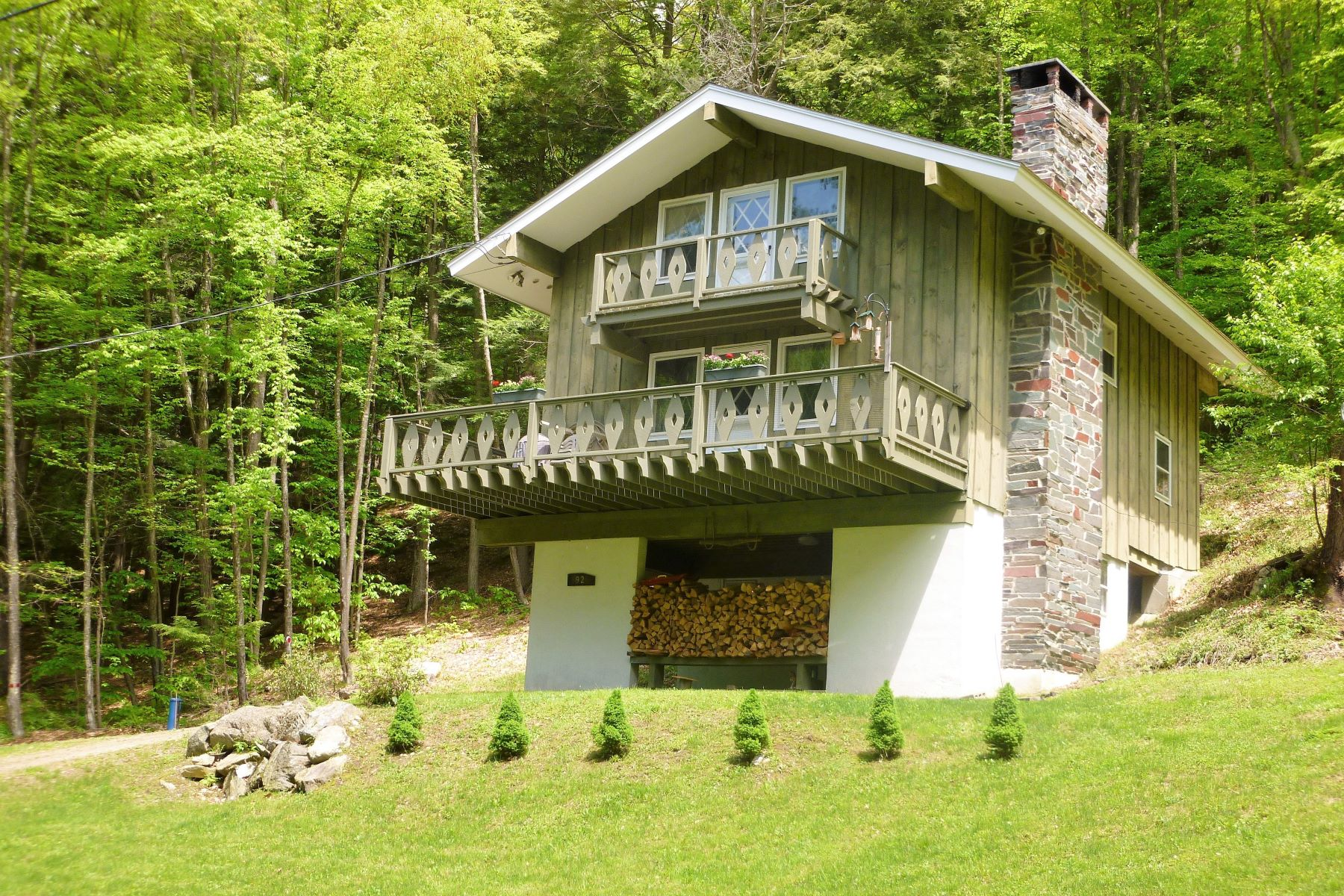 Single Family Home for Sale at Classic Chalet 92 Harwood Pl Townshend, Vermont 05353 United States