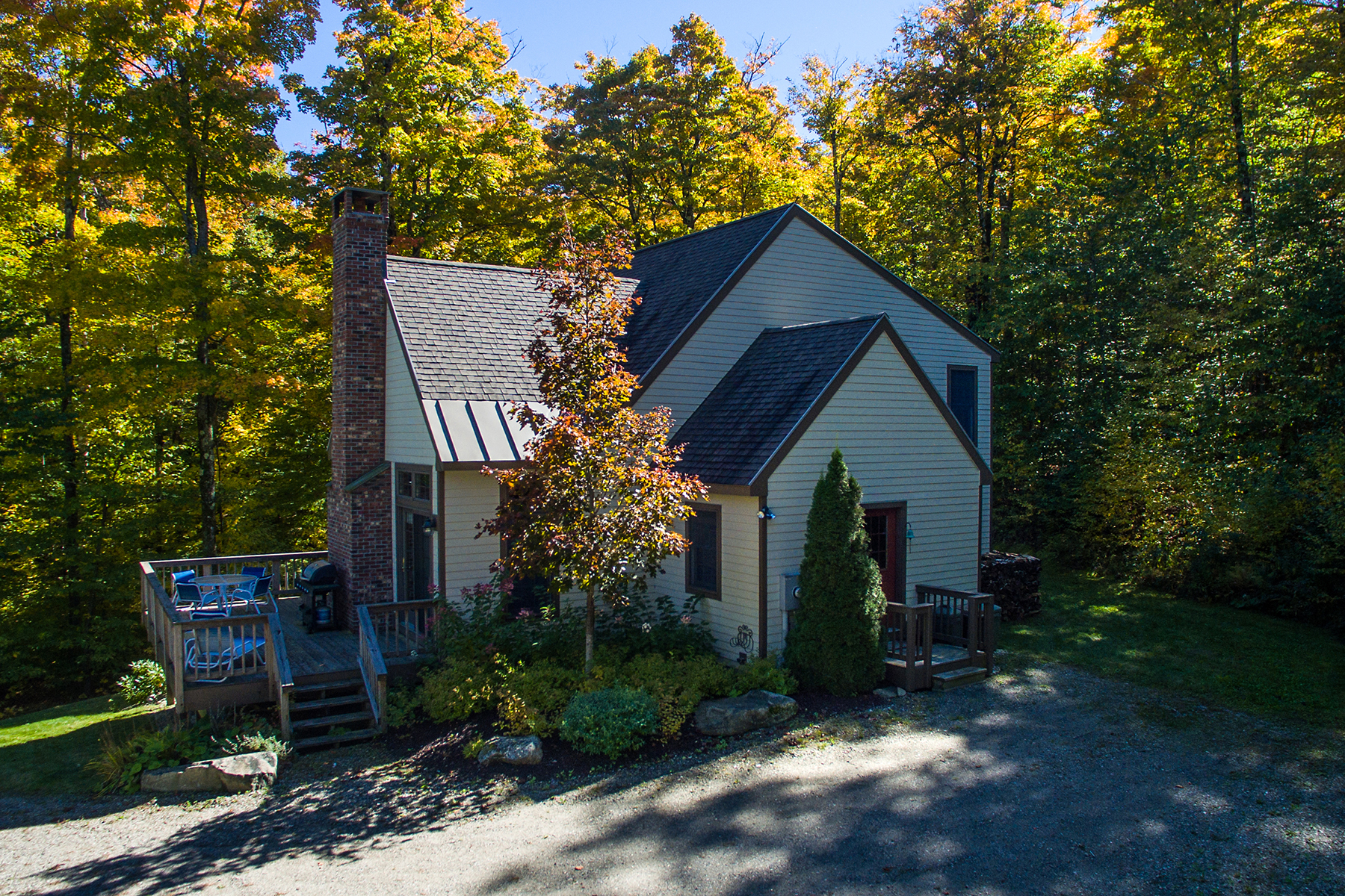Single Family Home for Sale at 17 Rogue's Ridge, Winhall Winhall, Vermont, 05340 United States