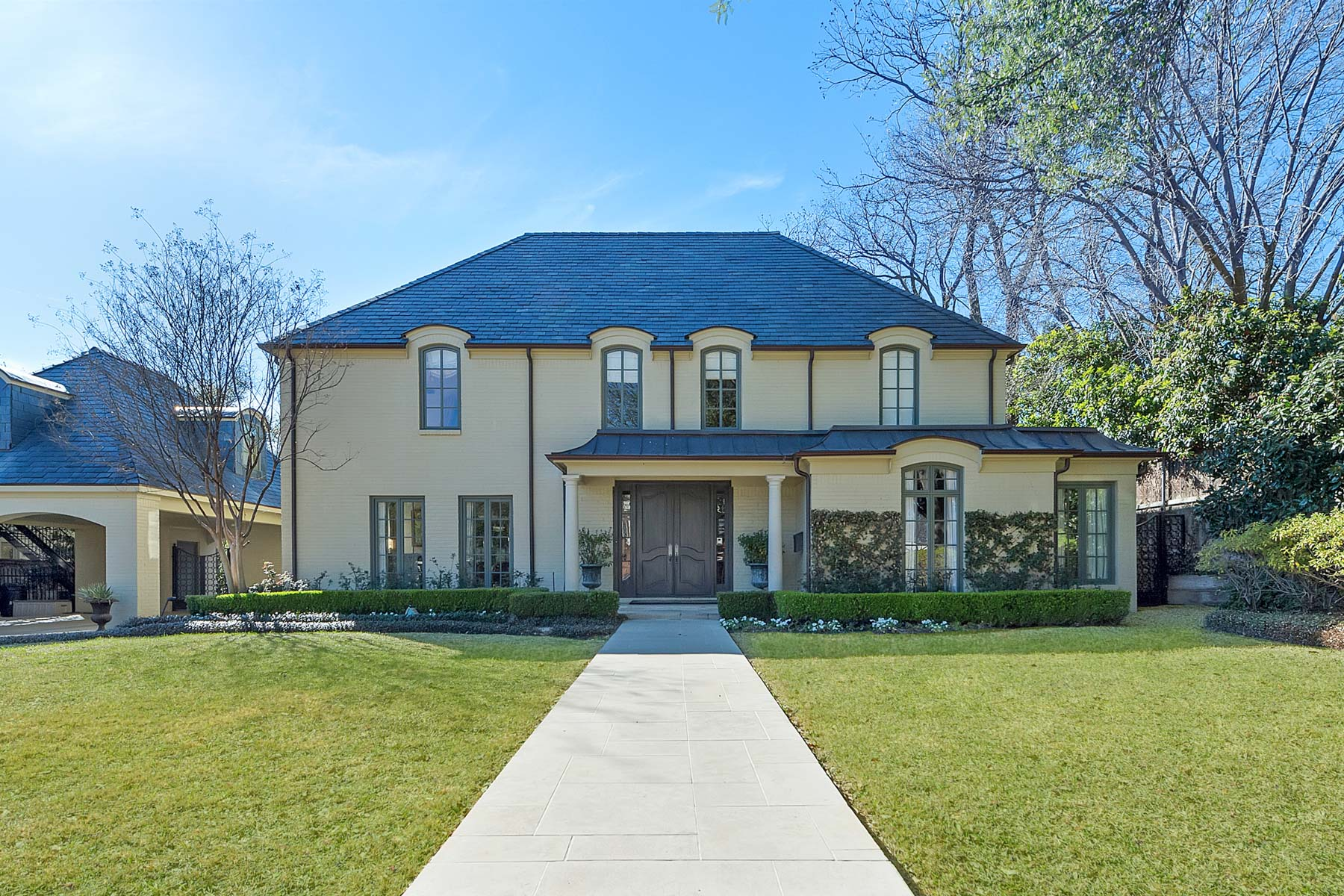 Casa Unifamiliar por un Venta en 1410 Washington Terrace, Fort Worth Fort Worth, Texas, 76107 Estados Unidos