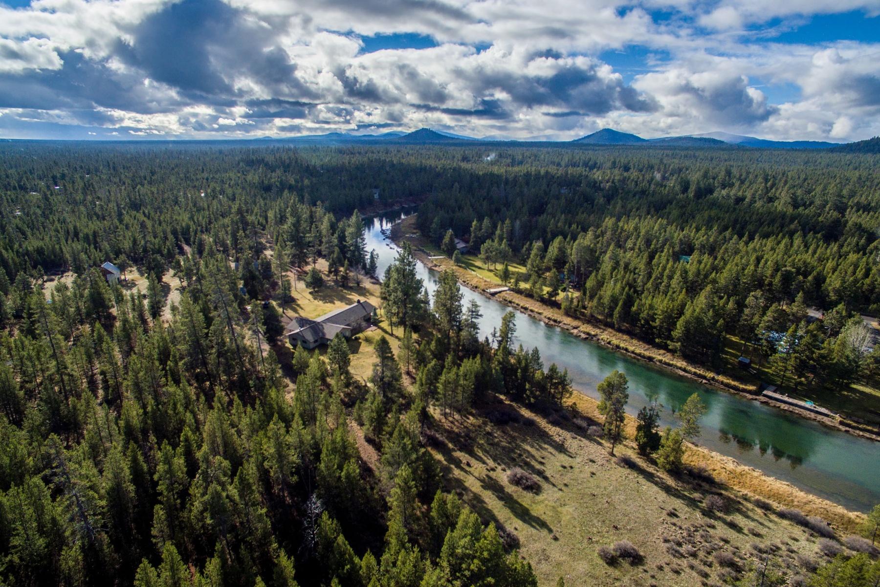 Maison unifamiliale pour l Vente à Deschutes River Frontage 17440 Canoe Camp Dr Bend, Oregon, 97707 États-Unis