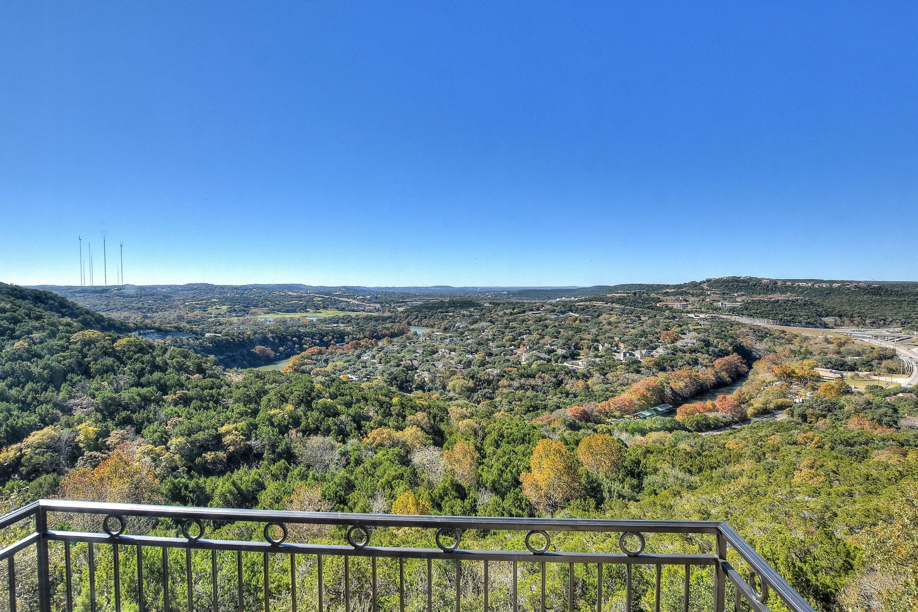 Additional photo for property listing at One in A Million Panoramic Views 4747 Cat Mountain Dr Austin, Texas 78731 United States