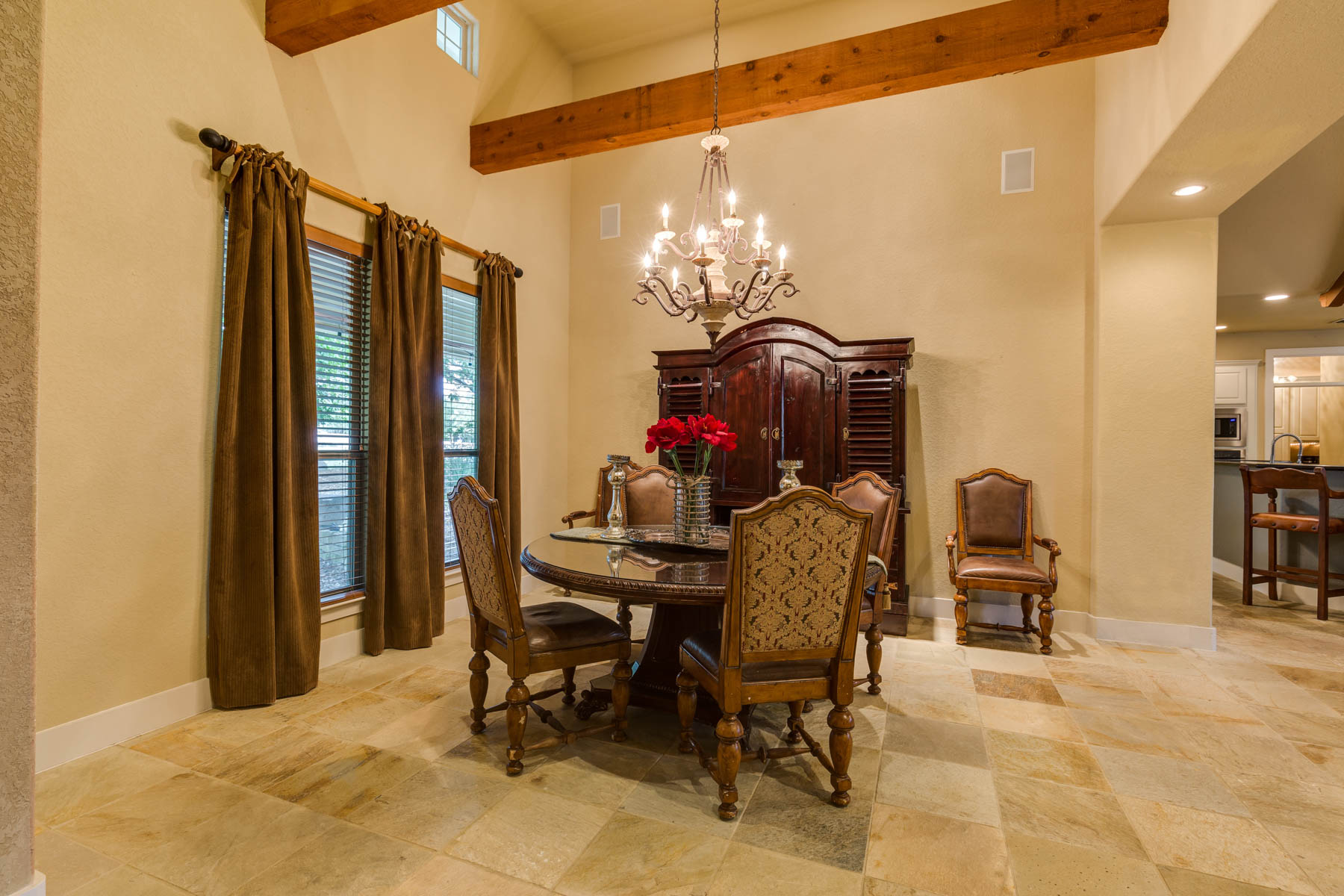 Additional photo for property listing at Country Living at its Best in River Crossing 2005 Frontier Spring Branch, Texas 78070 United States