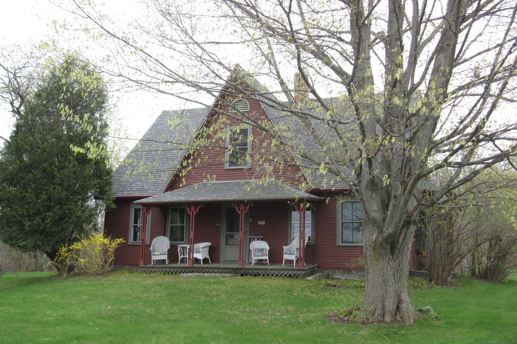 Casa Unifamiliar por un Venta en 182 Dartmouth College Hwy, Haverhill Haverhill, Nueva Hampshire 03765 Estados Unidos