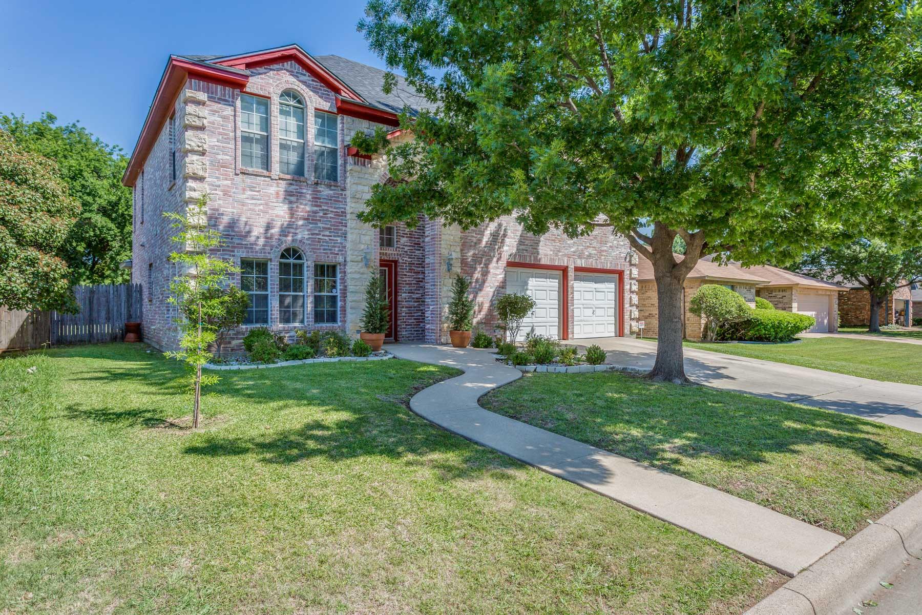Einfamilienhaus für Verkauf beim 3740 Fairhaven, Fort Worth Fort Worth, Texas, 76123 Vereinigte Staaten