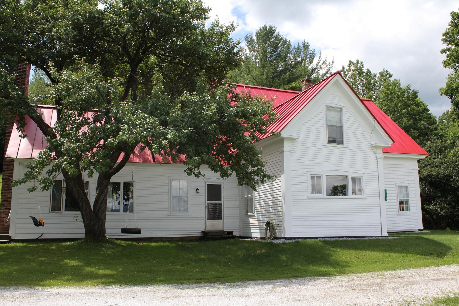 단독 가정 주택 용 임대 에 A beautiful setting in the country! 158 Johnson Ln Mount Holly, 베르몬트, 05758 미국