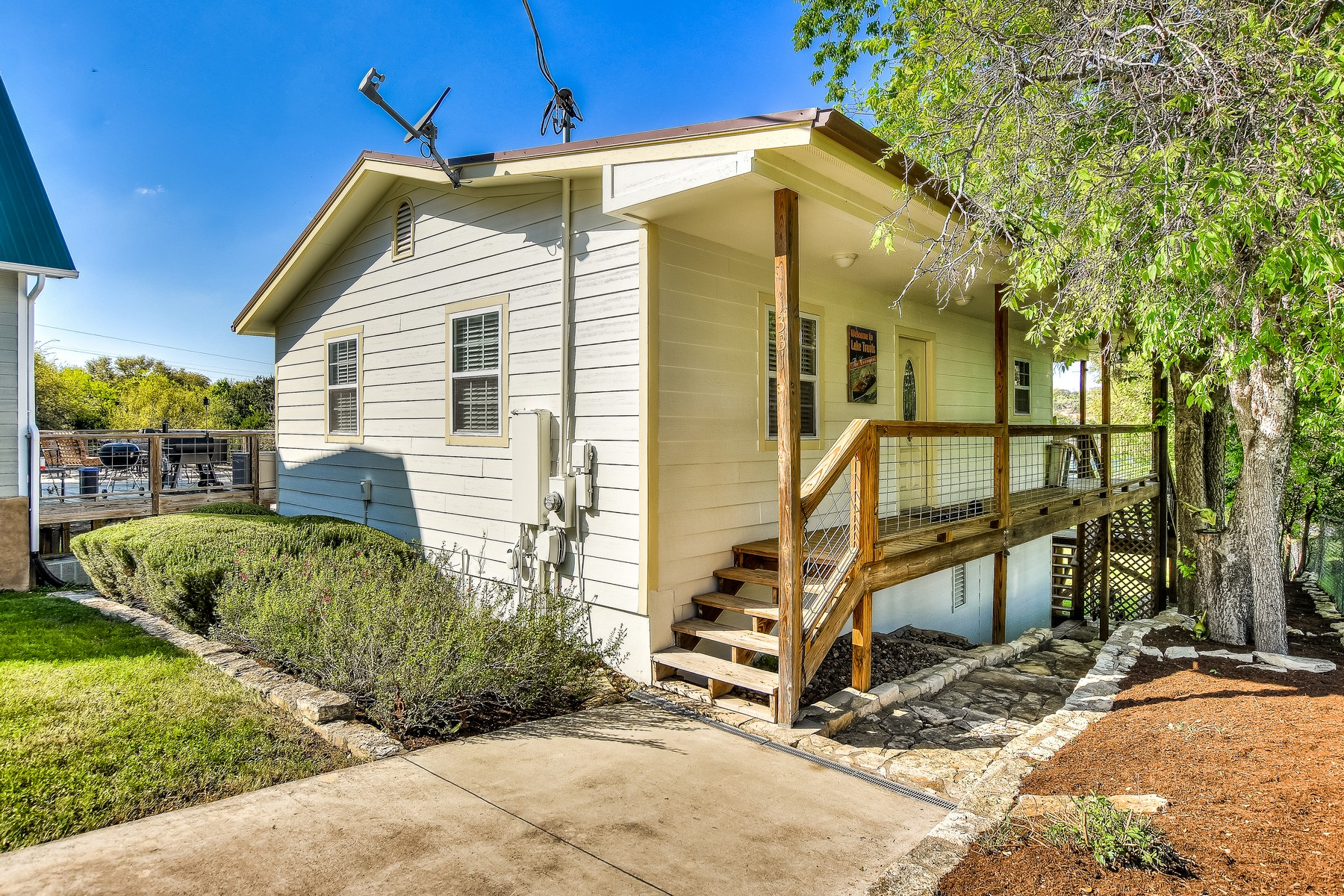 Single Family Home for Sale at Perfect Weekend Cabin on Lake Travis! 1331 Lakeshore Dr Spicewood, Texas, 78669 United States