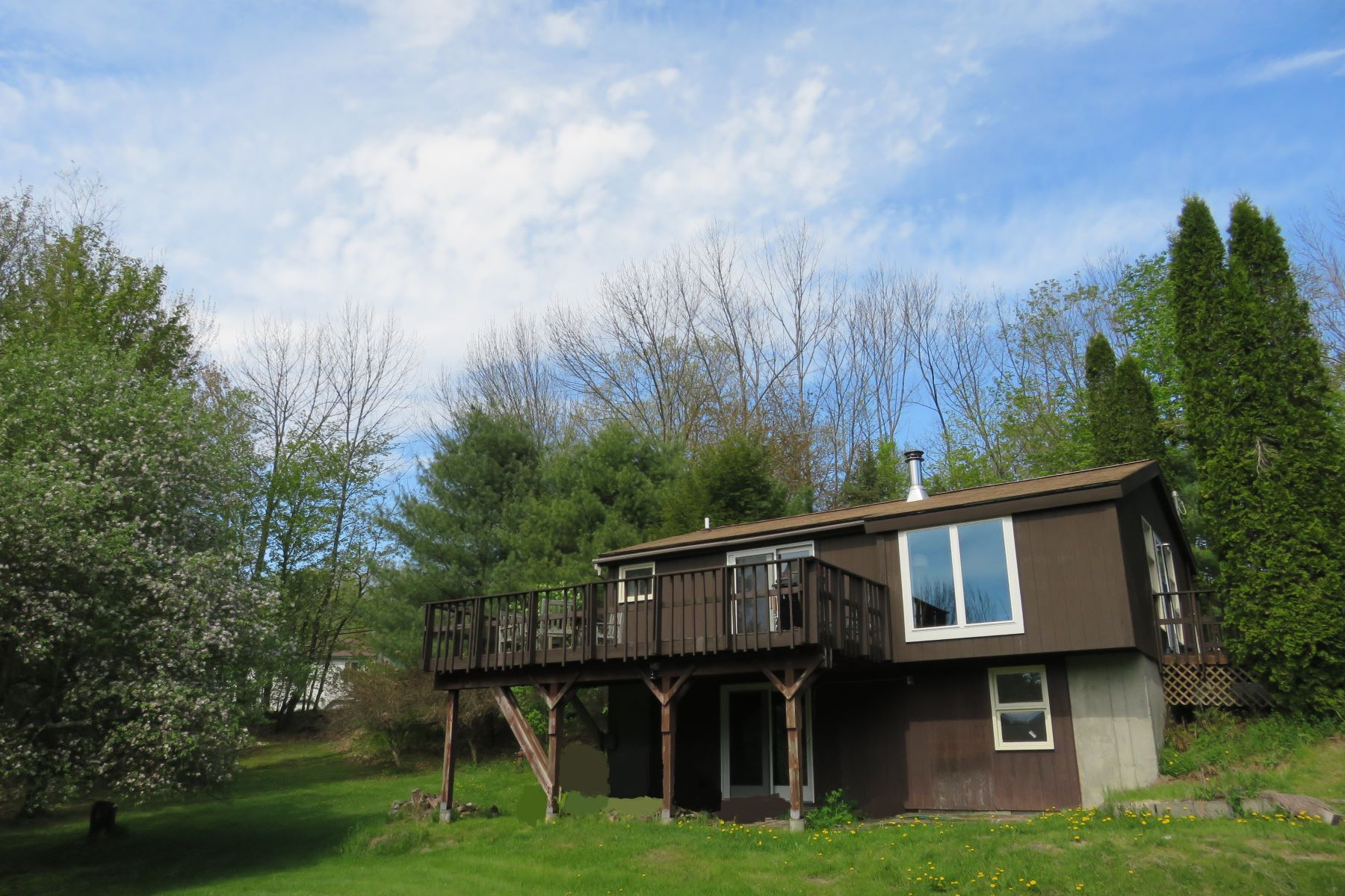Single Family Home for Sale at Quick drive to Lebanon and Hanover 224 Hardy Hill Lebanon, New Hampshire, 03766 United States