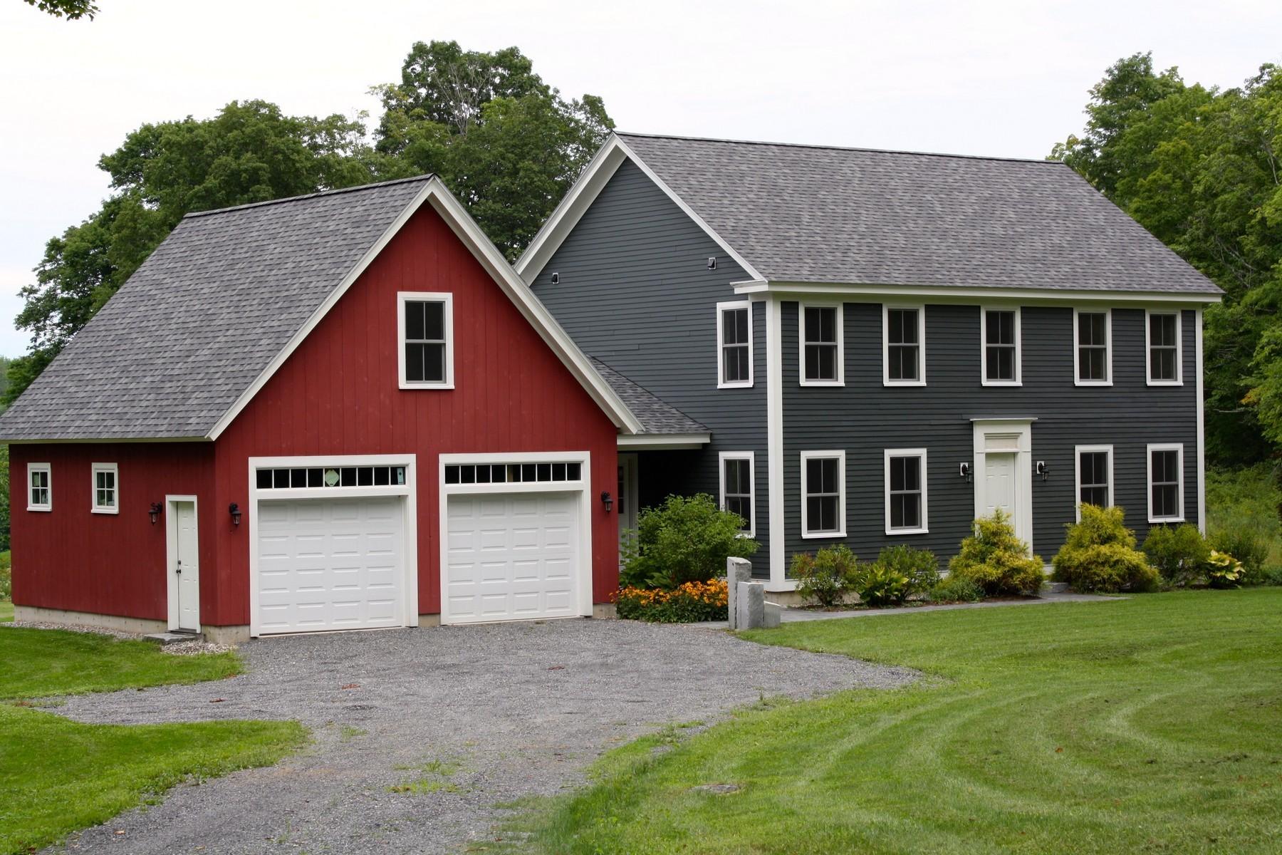 Maison unifamiliale pour l Vente à New Colonial With Stunning Custom Details 400 Towslee Hill Rd Pawlet, Vermont 05761 États-Unis