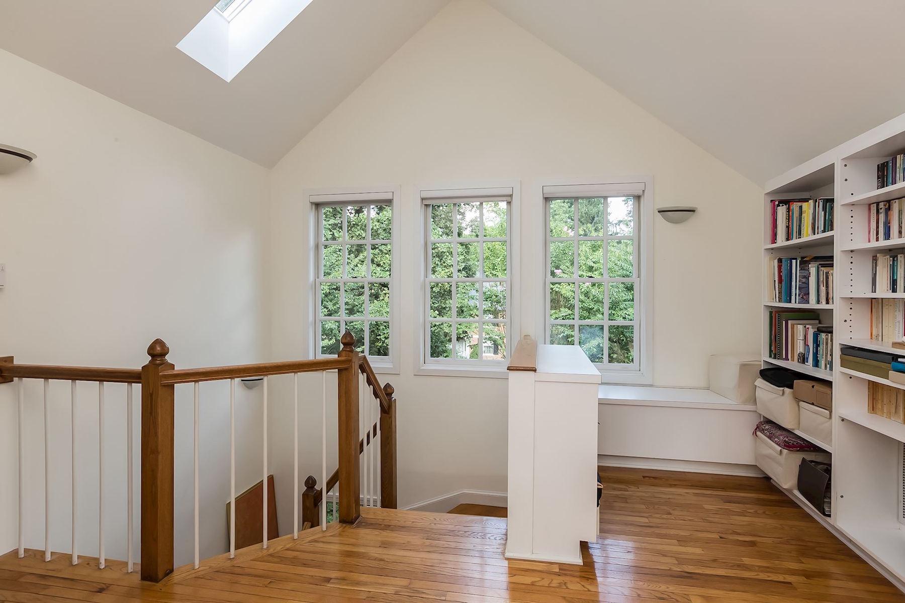 Additional photo for property listing at 5153 Tilden Street 5153 Tilden Street Nw 华盛顿市, 哥伦比亚特区 20016 美国