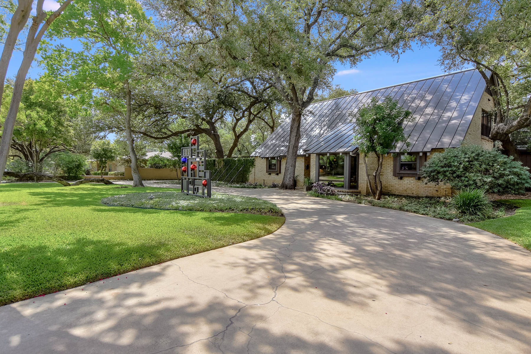 Single Family Home for Sale at Mid-Century Classic in Northwood 222 Royal Oaks Dr San Antonio, Texas 78209 United States