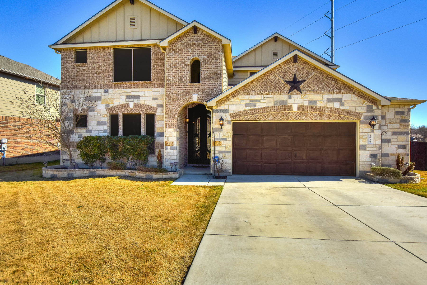 Single Family Home for Sale at Beatiful Home in Schertz 4956 Eagle Valley St Cibolo, Texas 78108 United States