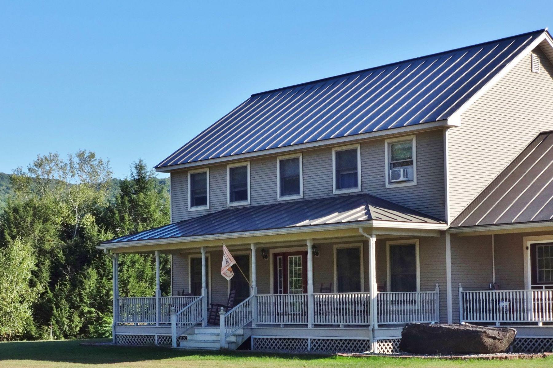 Maison unifamiliale pour l Vente à 33 Russell Road, Tunbridge 33 Russell Rd Tunbridge, Vermont, 05077 États-Unis