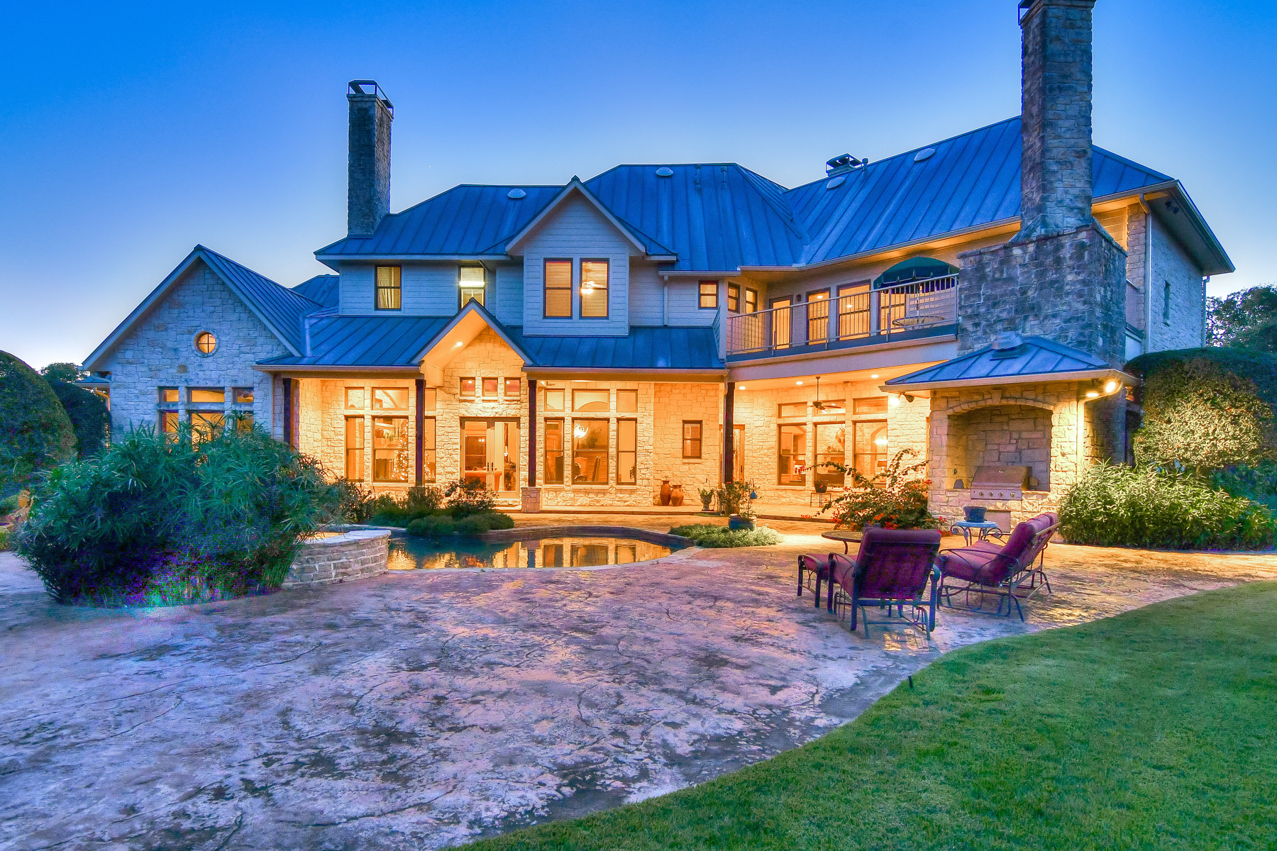 Additional photo for property listing at Gorgeous Hill Country Estate on Over 26 Acres 135 Woodland Ranch Rd Boerne, Texas 78015 United States