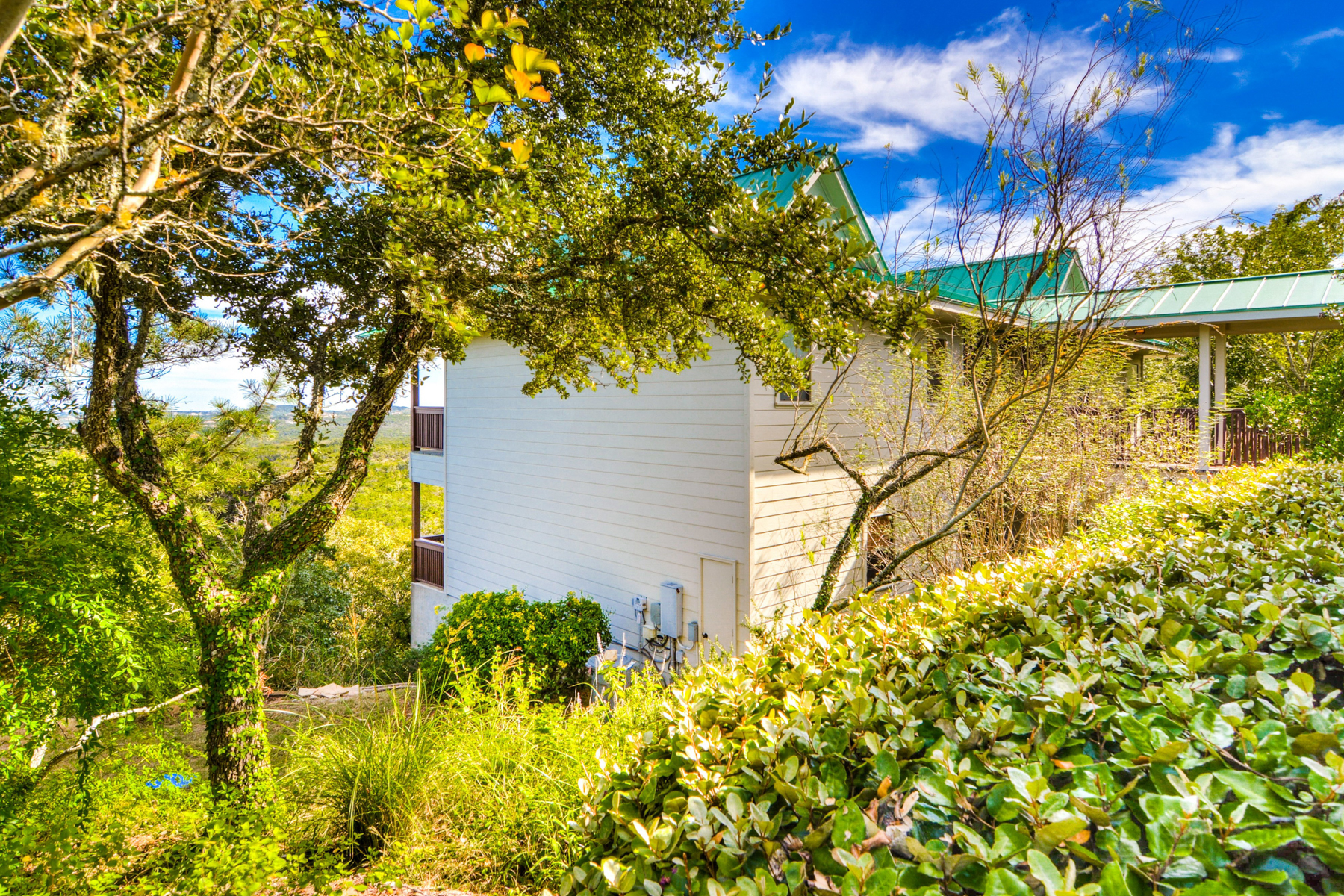 Additional photo for property listing at Custom Home in Boerne! 26714 Karsch Rd Boerne, Texas 78006 United States