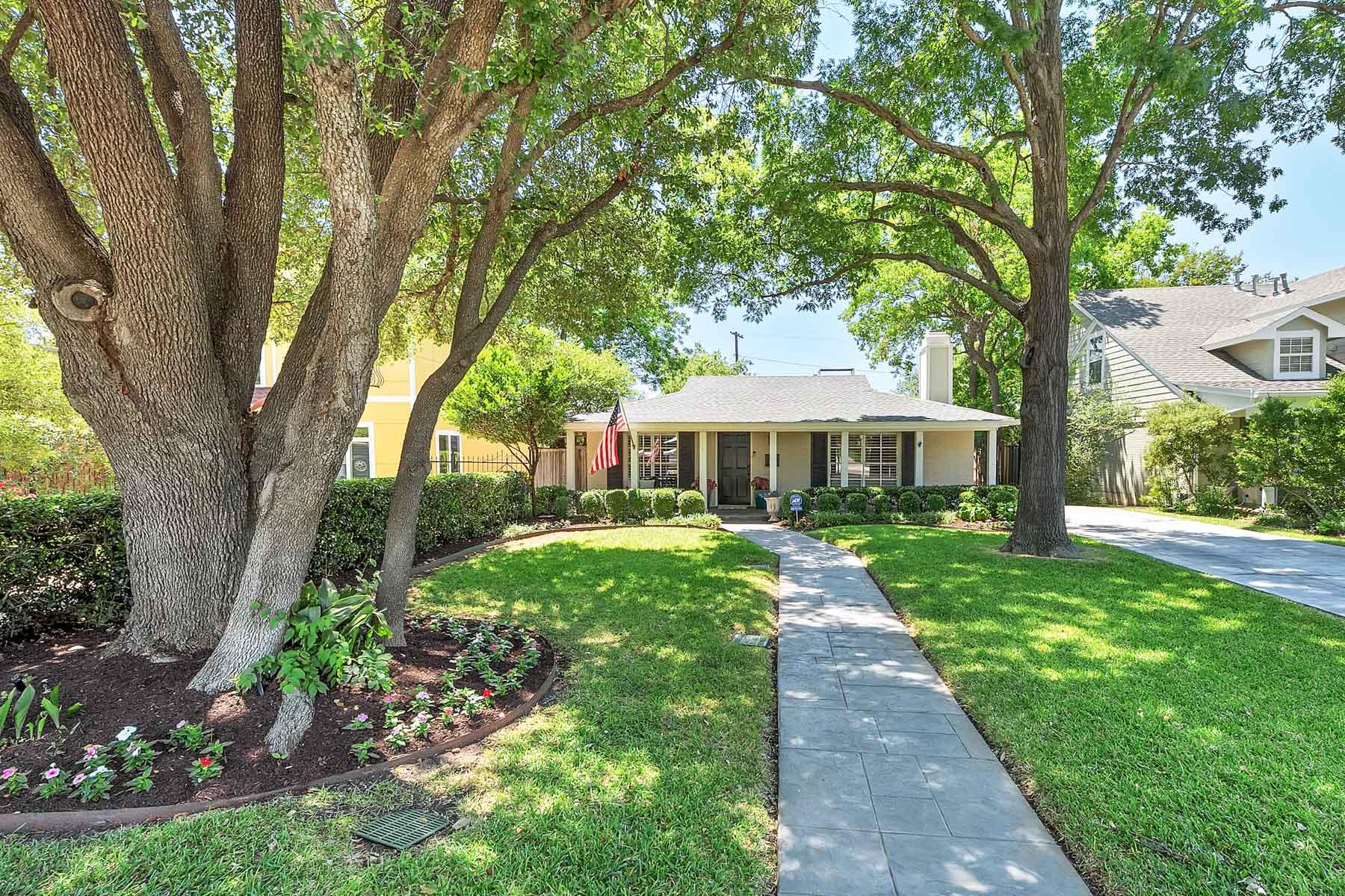 Maison unifamiliale pour l Vente à 1824 Western Avenue, Fort Worth Fort Worth, Texas, 76107 États-Unis