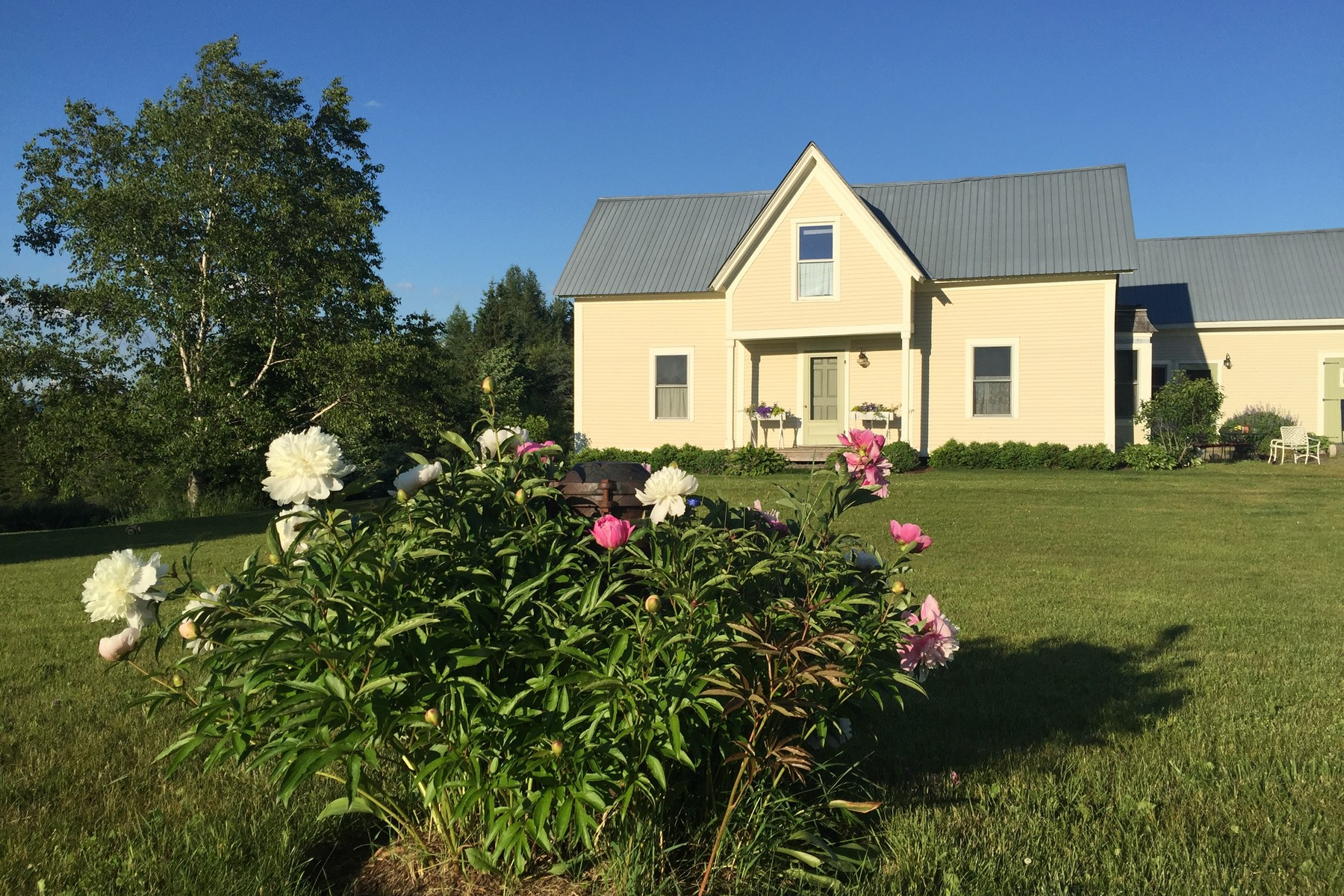 Single Family Home for Sale at Pastoral Danville Farmhouse 1499 Peacham Rd Danville, Vermont, 05828 United States