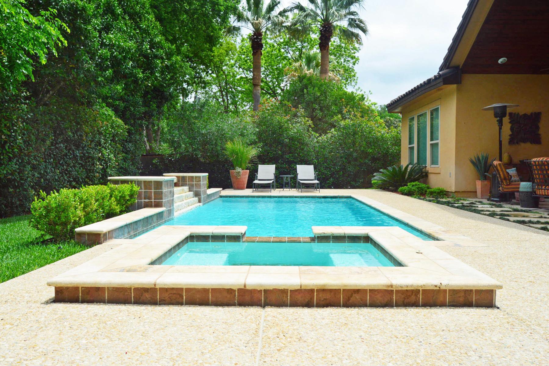 Additional photo for property listing at Grand Mediterranean Estate in Terrell Hills 821 Canterbury Hill St San Antonio, Texas 78209 Estados Unidos
