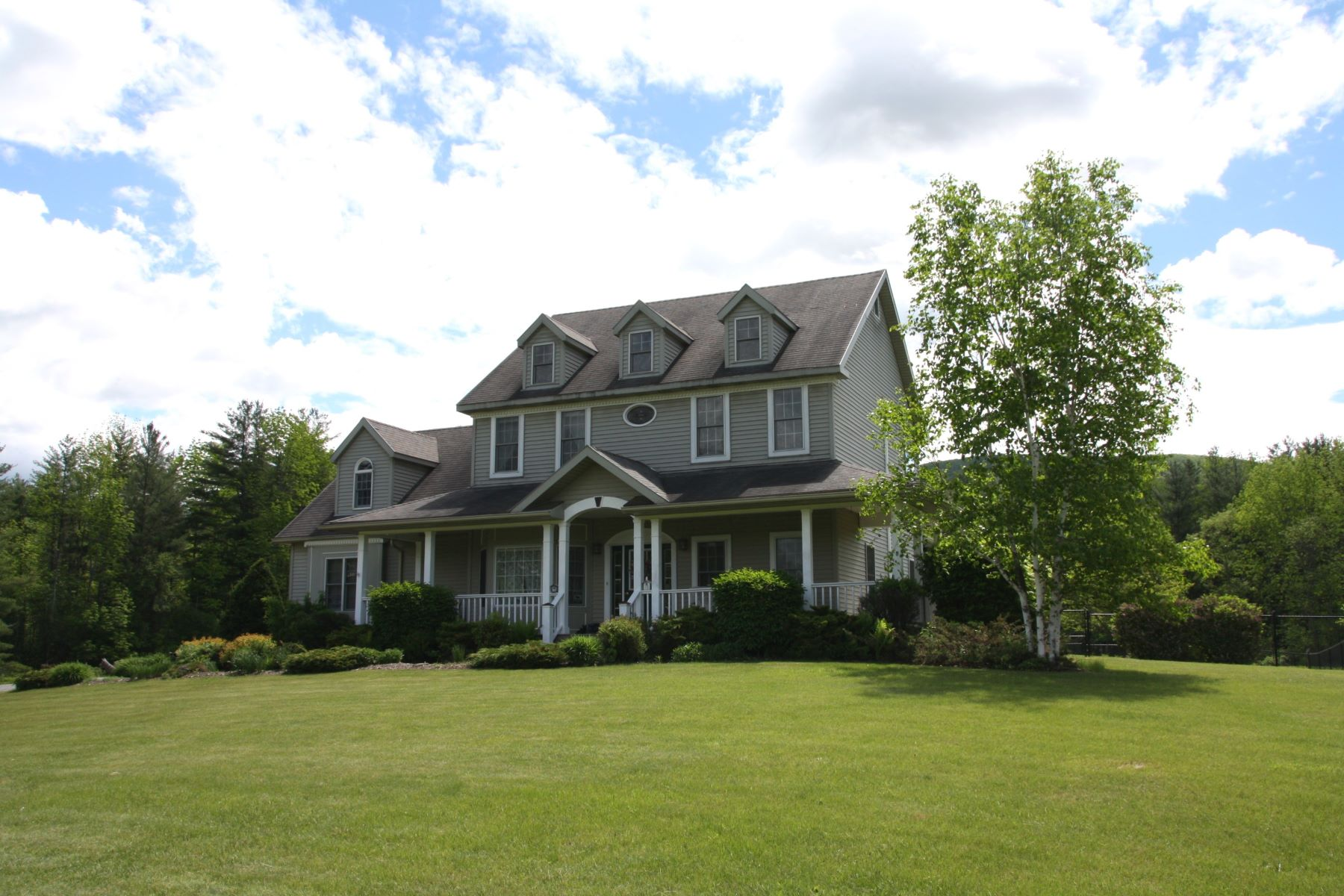Single Family Home for Sale at Exceptional Country Home 450 Haven Hill Rd Wallingford, Vermont, 05773 United States
