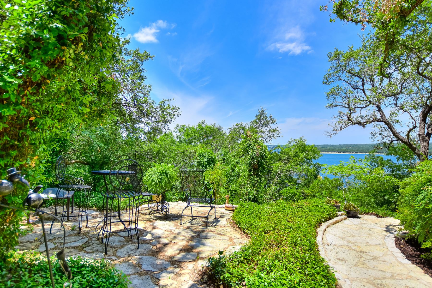 Additional photo for property listing at Paradise Found 3308 N Ranch Road 620 Austin, Texas 78734 United States