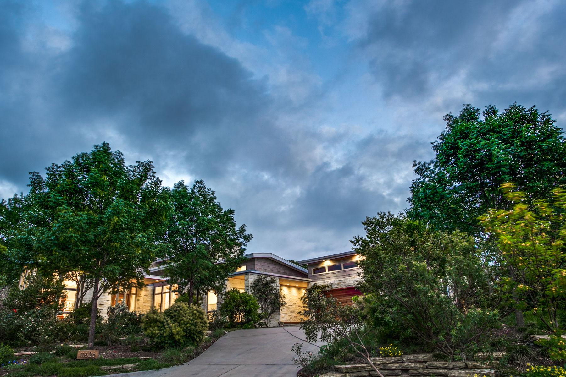 獨棟家庭住宅 為 出售 在 Design Brilliance in Janmar Circle 11626 St Michaels Dr Dallas, 德克薩斯州, 75230 美國