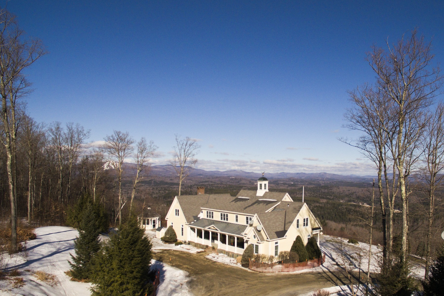 Casa Unifamiliar por un Venta en 1108 West Hill Road North, Jamaica Jamaica, Vermont, 05343 Estados Unidos