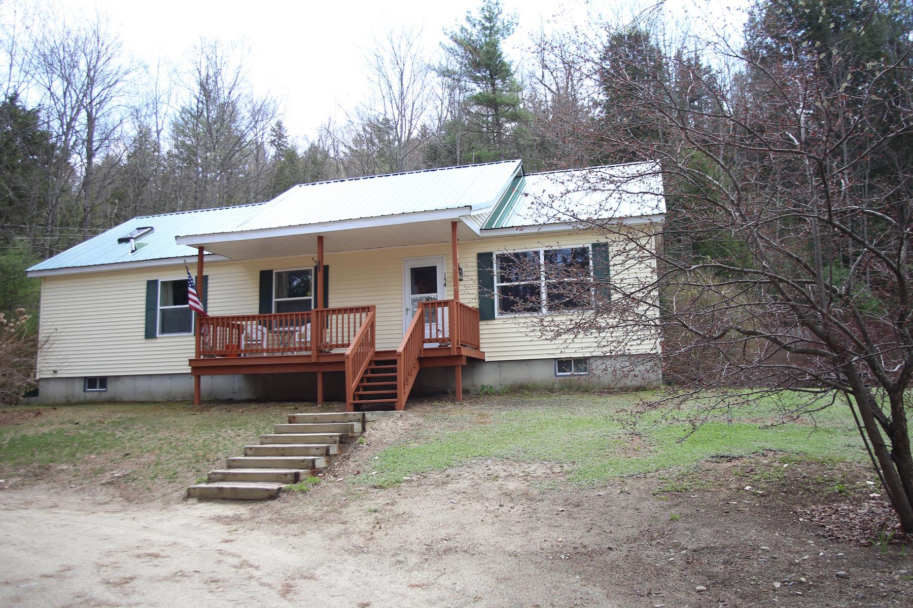 Maison unifamiliale pour l Vente à 154 Campground Road, Wilmot 154 Campground Rd Wilmot, New Hampshire, 03287 États-Unis
