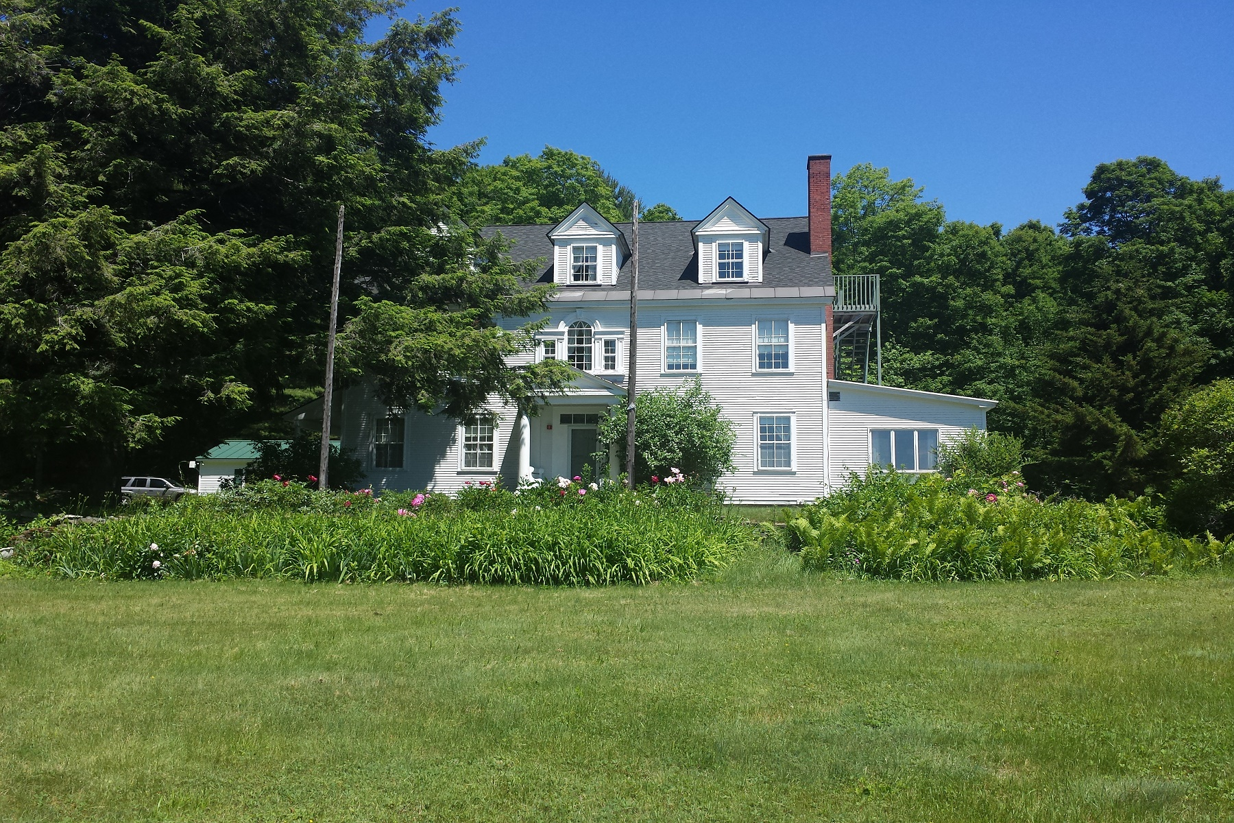 Single Family Home for Sale at 1646 Gove Hill Road, Thetford 1646 Gove Hill Rd, Thetford, Vermont, 05024 United States