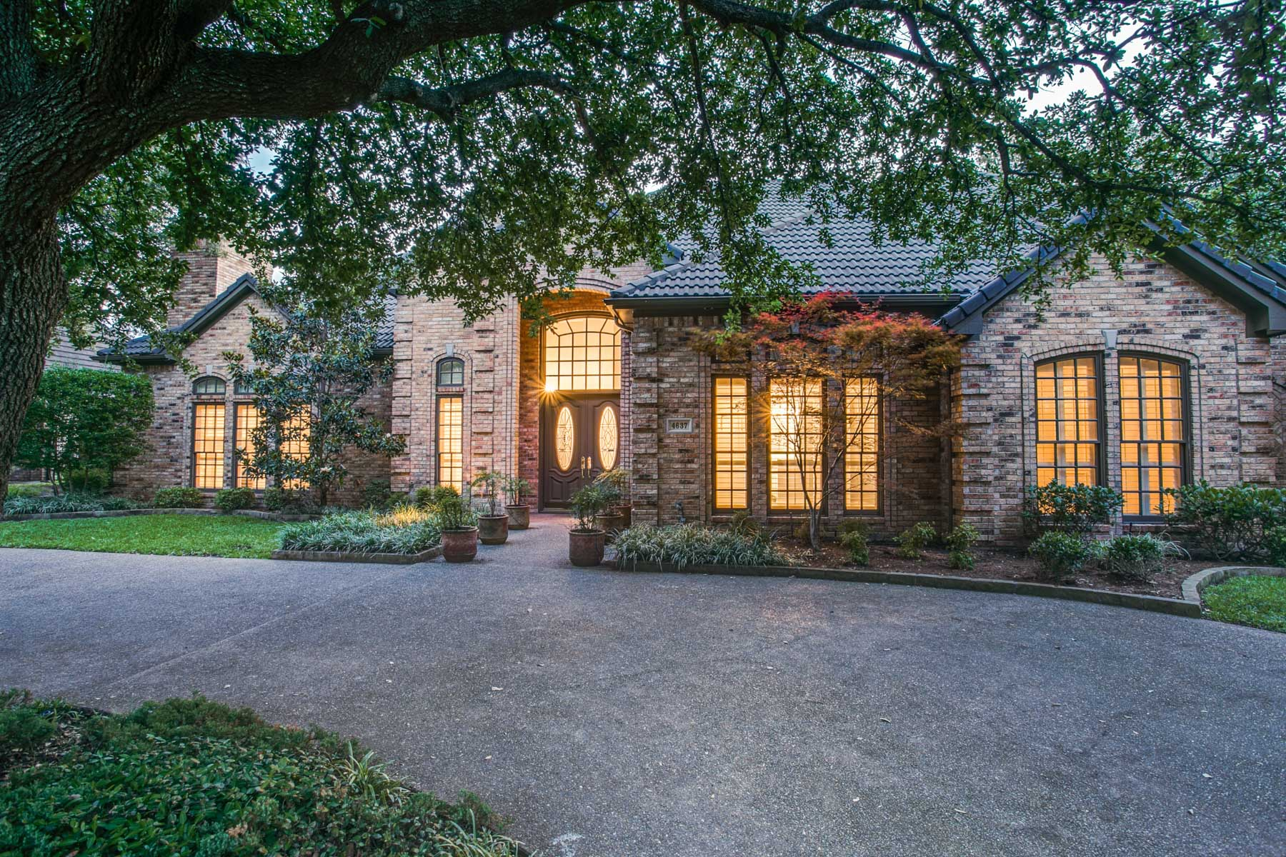 Single Family Home for Sale at Harrington Homeplace Traditional 4637 Conner Cir Plano, Texas 75093 United States