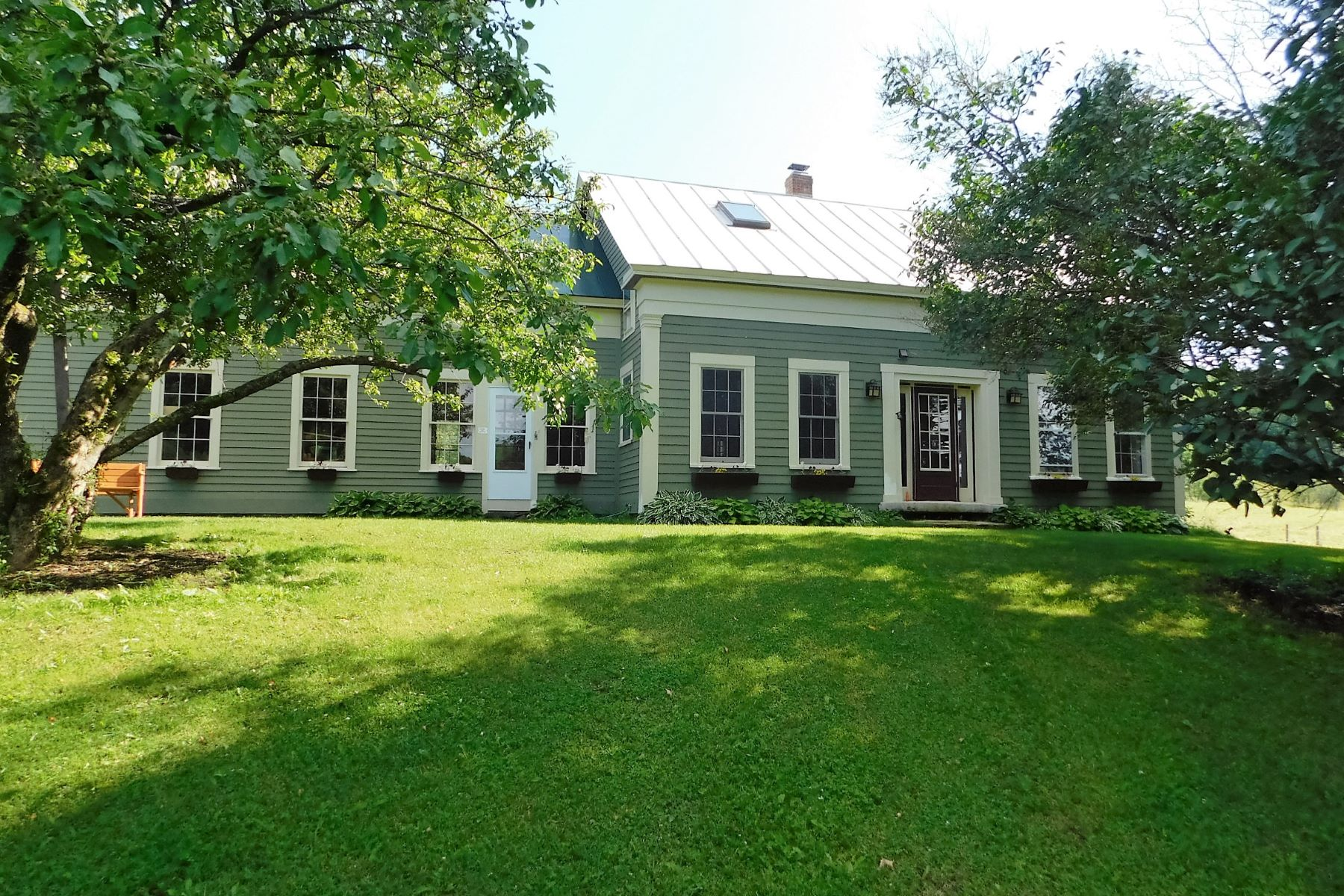 Casa Unifamiliar por un Venta en 106 Gilley Road, Tunbridge 106 Gilley Rd Tunbridge, Vermont, 05077 Estados Unidos