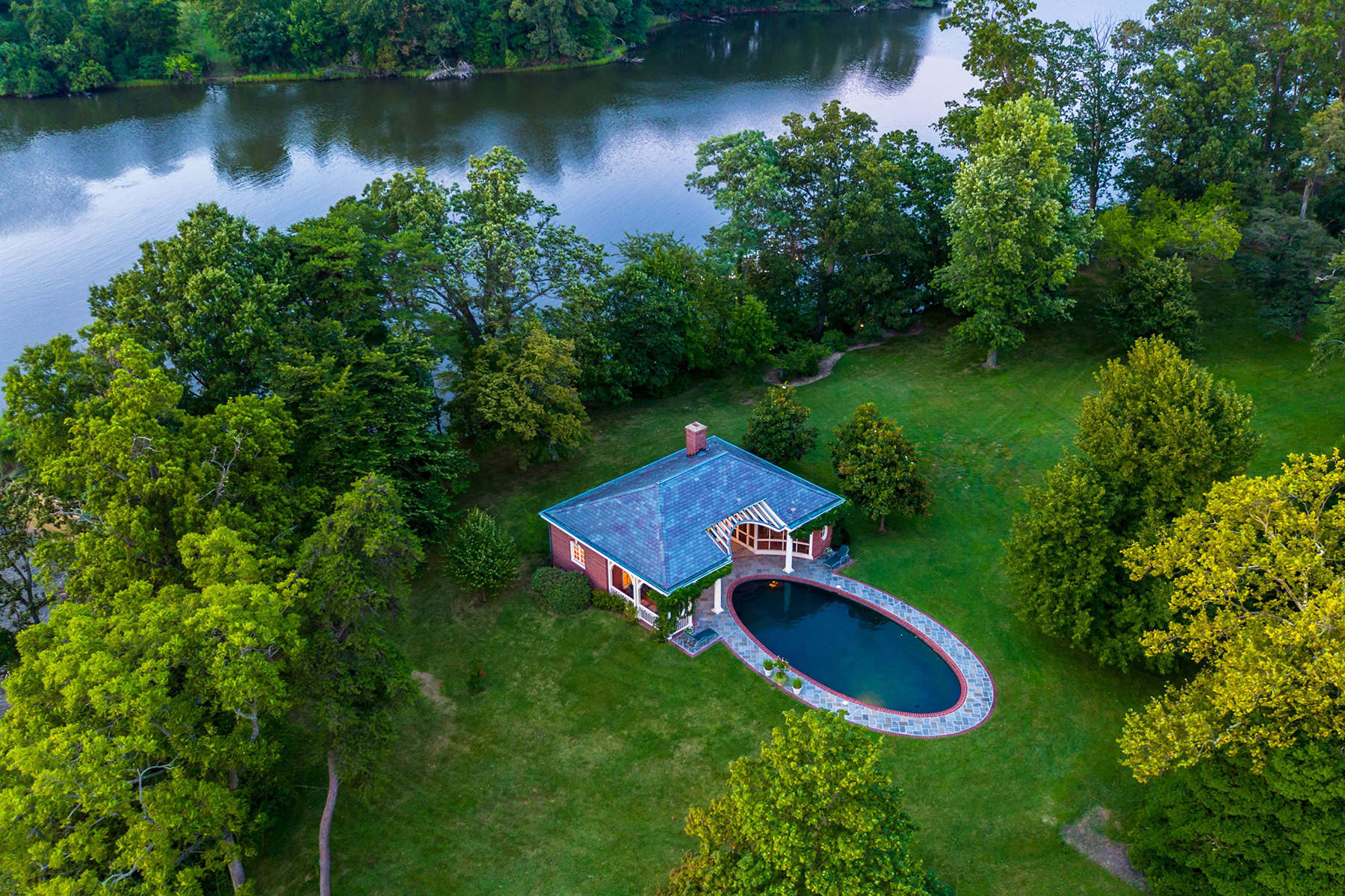 Additional photo for property listing at 1800 Holly Beach Farm Road, Annapolis 1800 Holly Beach Farm Rd Annapolis, Maryland 21409 United States