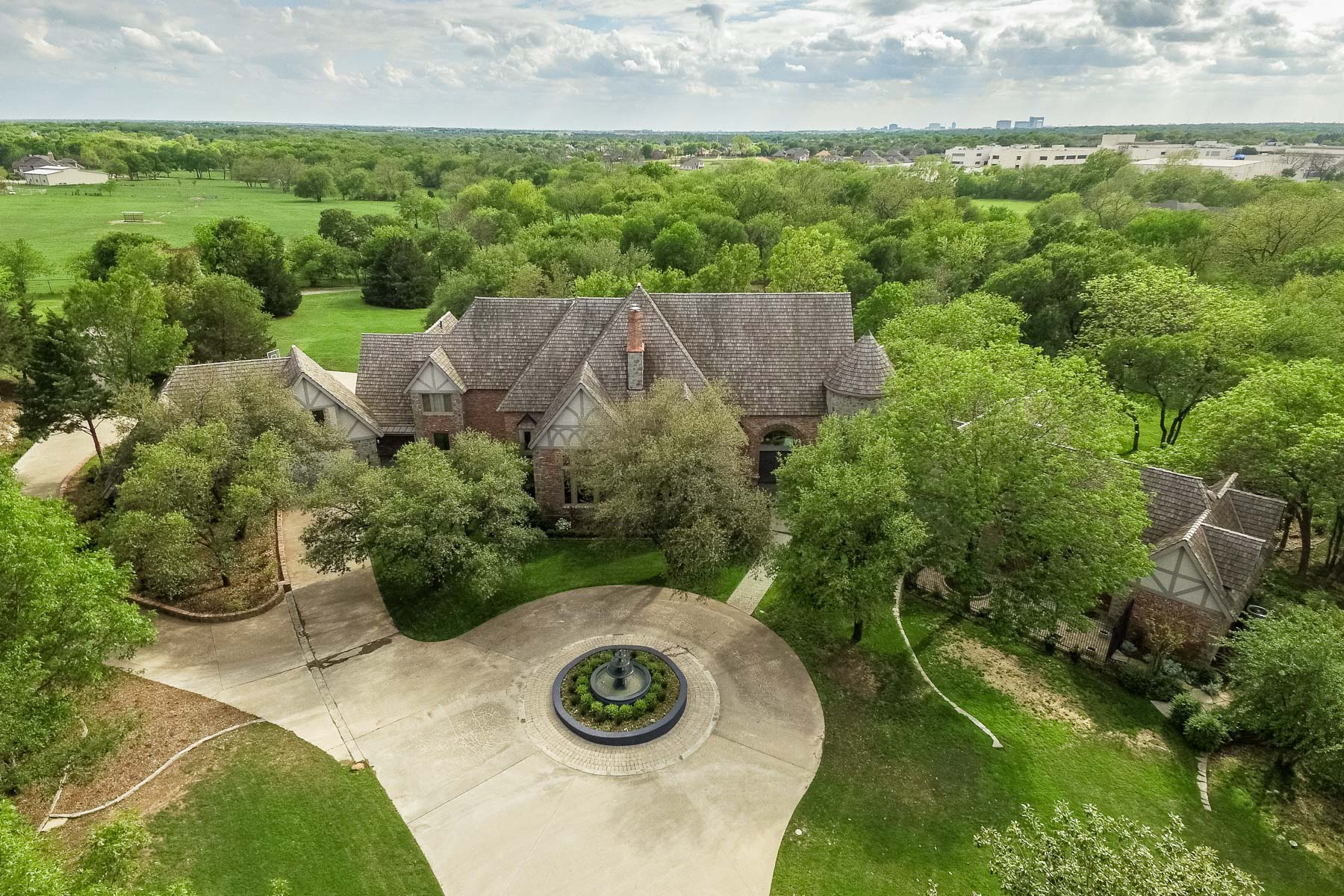 Single Family Home for Sale at Elegant Country Estate 4906 Dublin Creek Cir Parker, Texas 75002 United States