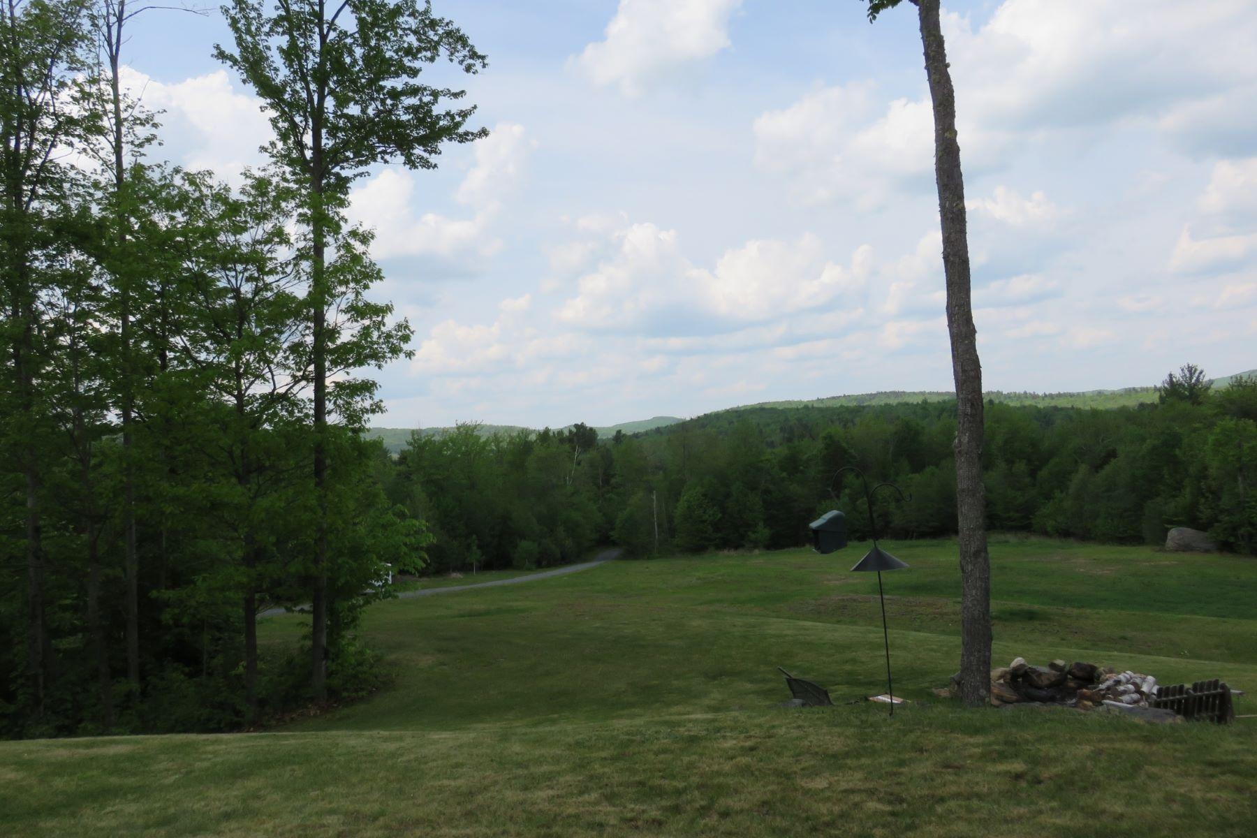 土地 为 销售 在 224 acres, views, privacy 703 Miller Pond Rd 格兰瑟姆, 新罕布什尔州, 03753 美国