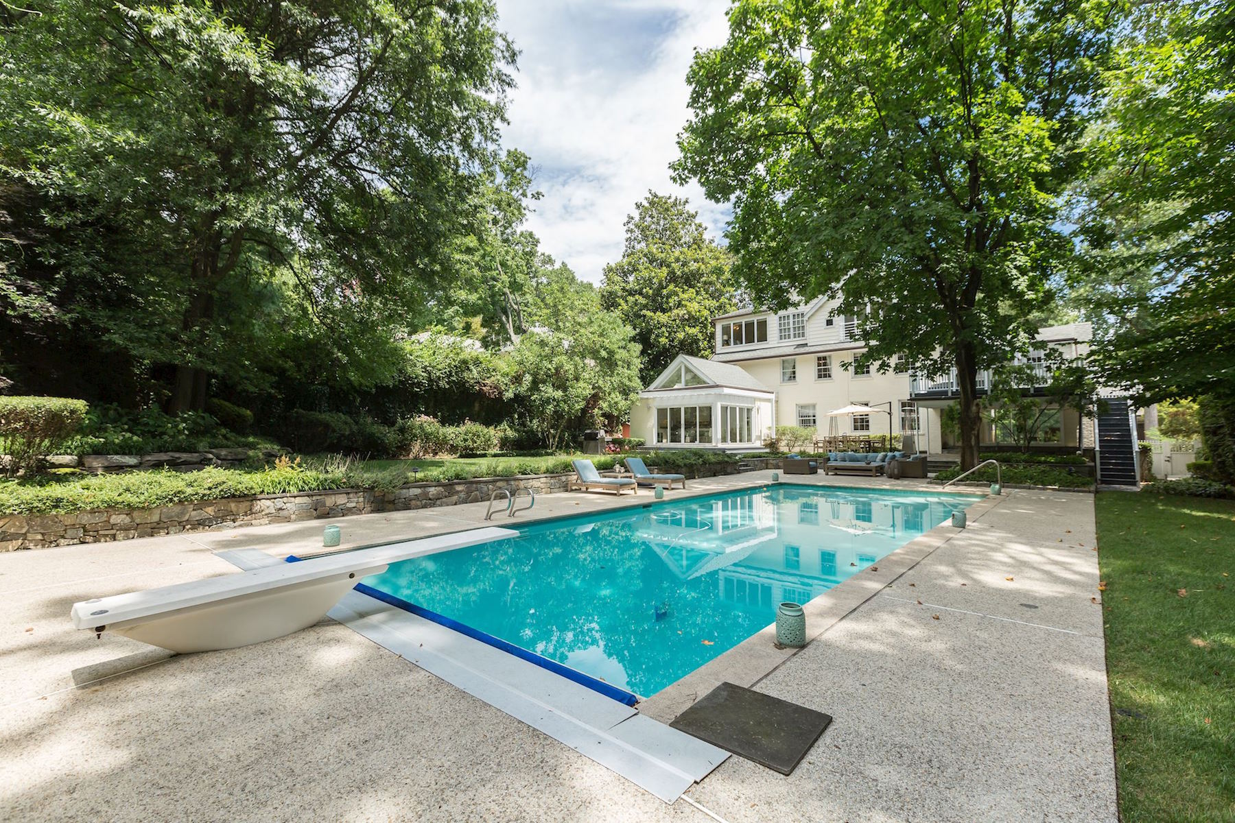 Additional photo for property listing at 5153 Tilden Street  Washington, Distrito De Columbia 20016 Estados Unidos