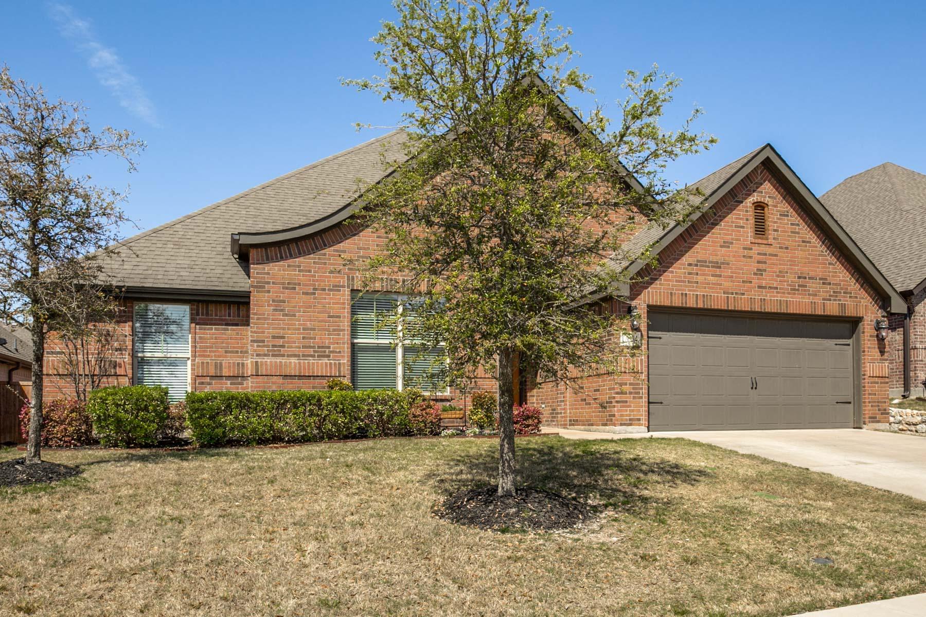 独户住宅 为 销售 在 Live Oak Creek 12004 Hathaway 沃斯堡市, 得克萨斯州, 76108 美国