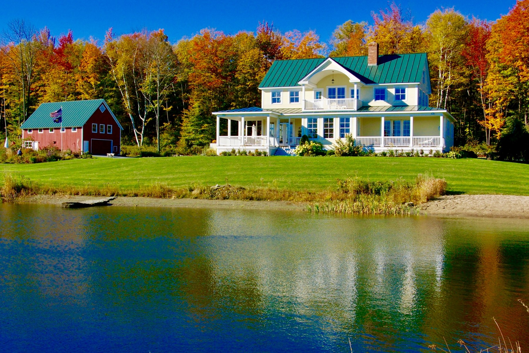 Single Family Home for Sale at South Hill Hideaway 93 Godfrey Ludlow, Vermont, 05149 United States