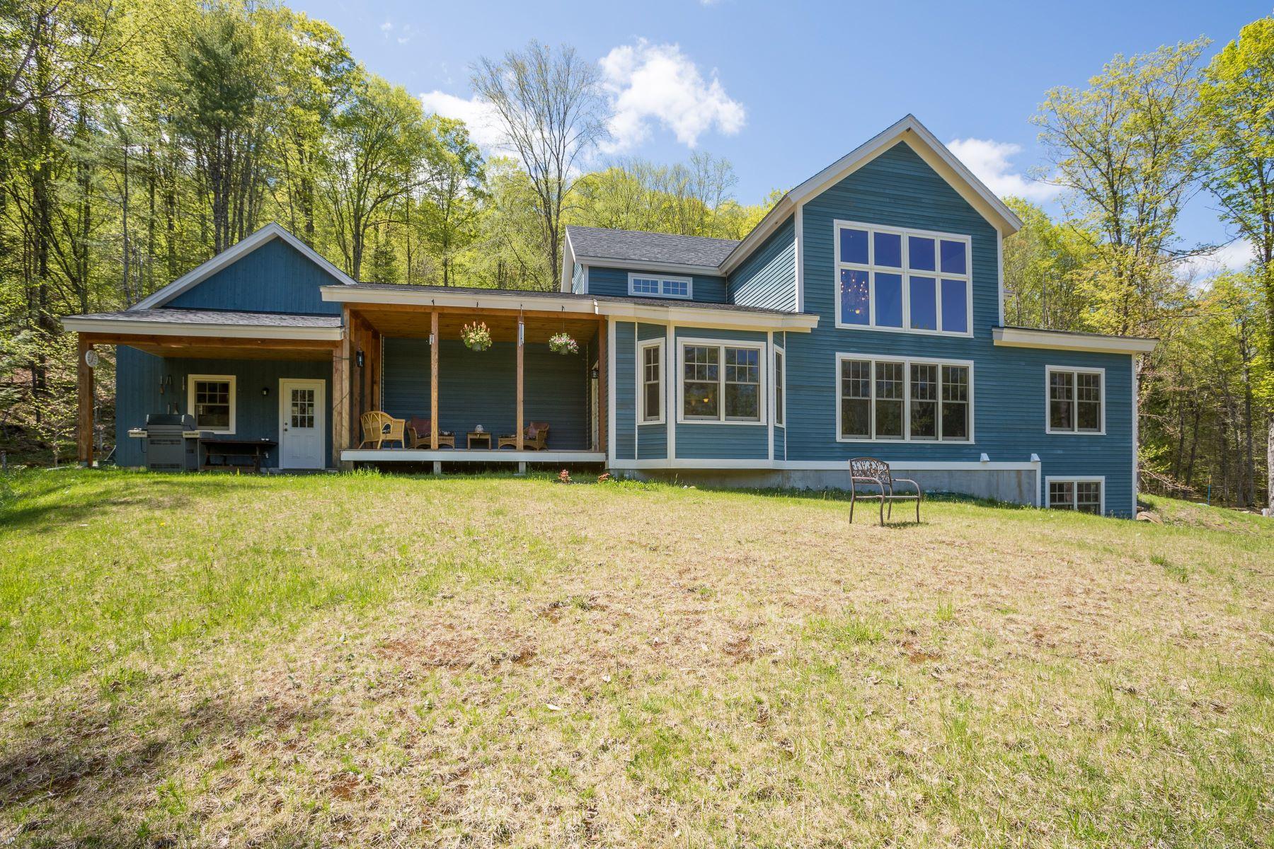 Casa para uma família para Venda às THETFORD POST AND BEAM 1675 Sawnee Bean Rd Thetford, Vermont, 05075 Estados Unidos