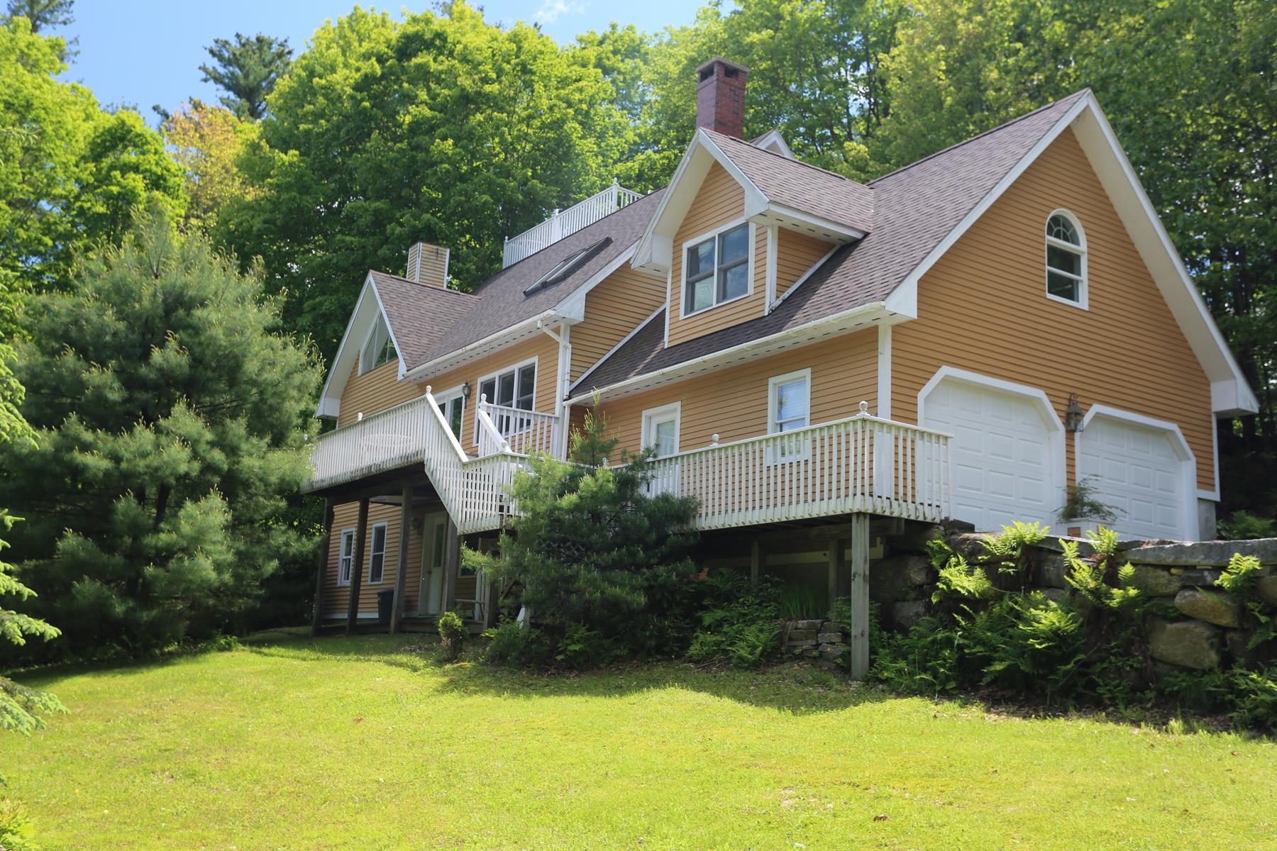 Single Family Home for Sale at 160 Burkehaven, Sunapee Sunapee, New Hampshire, 03782 United States