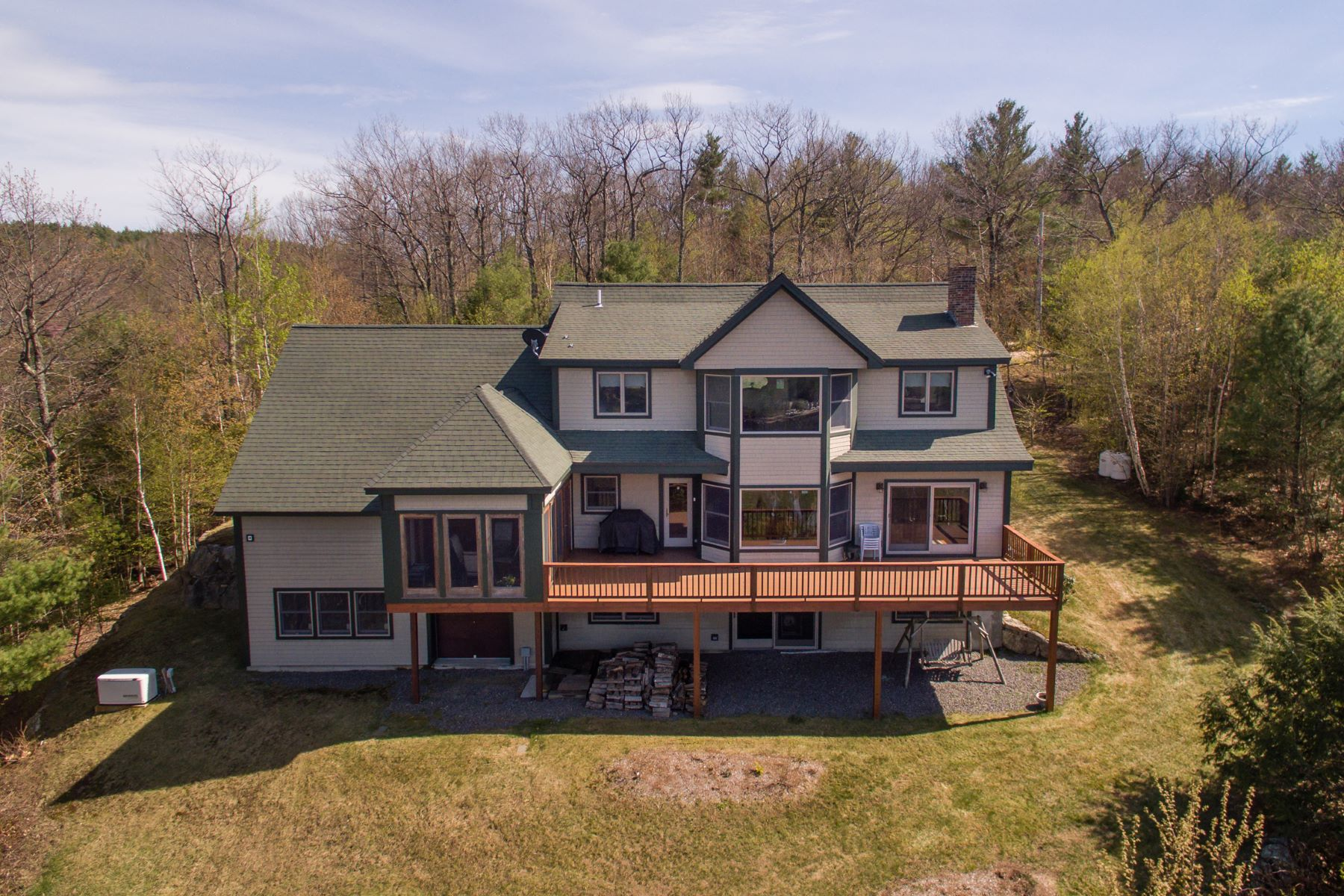 Villa per Vendita alle ore Custom home overlooking Little Squam Lake 312 Lane Rd Holderness, New Hampshire, 03245 Stati Uniti