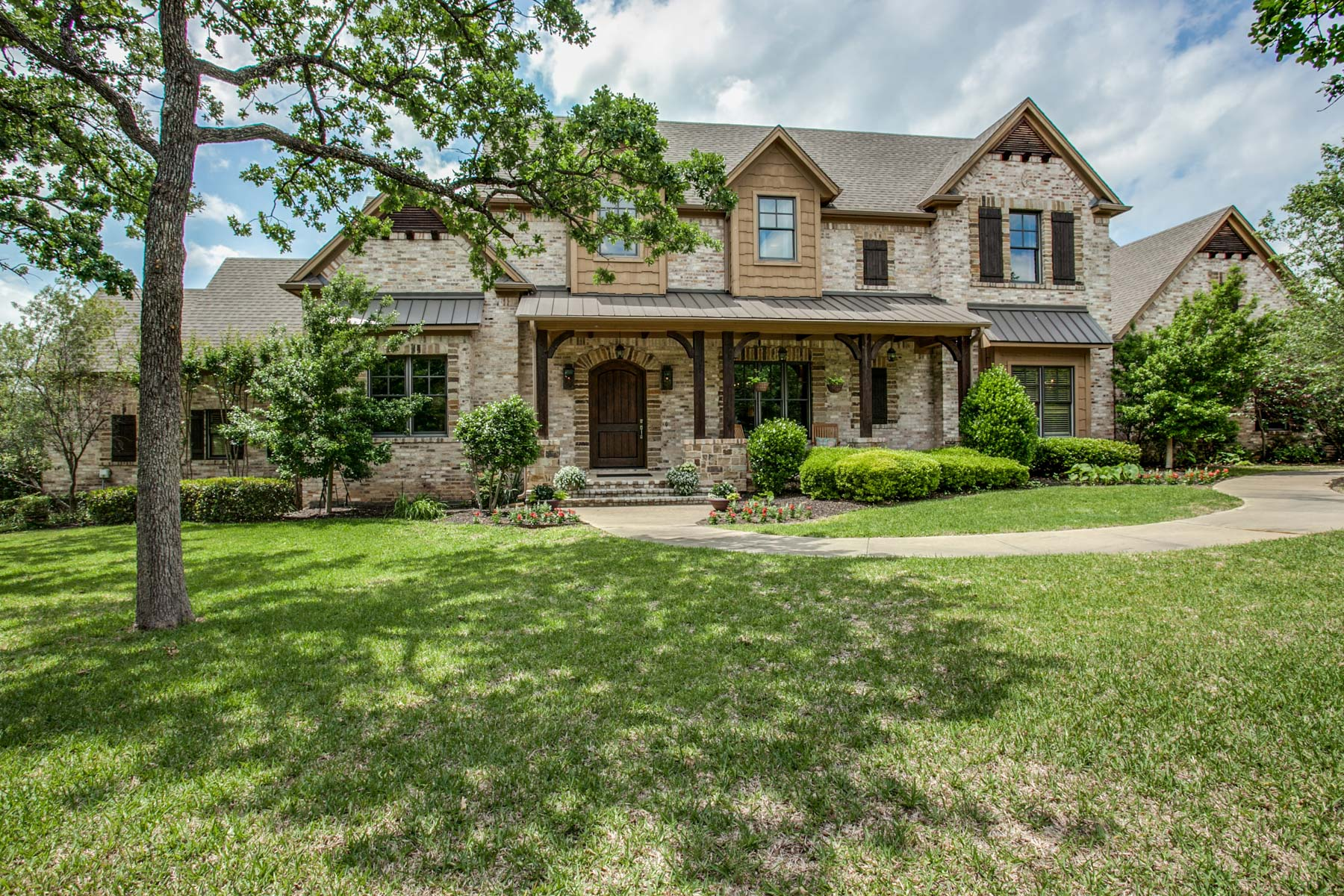 Single Family Home for Sale at 2200 N Peytonville Ave, Southlake Southlake, Texas 76092 United States