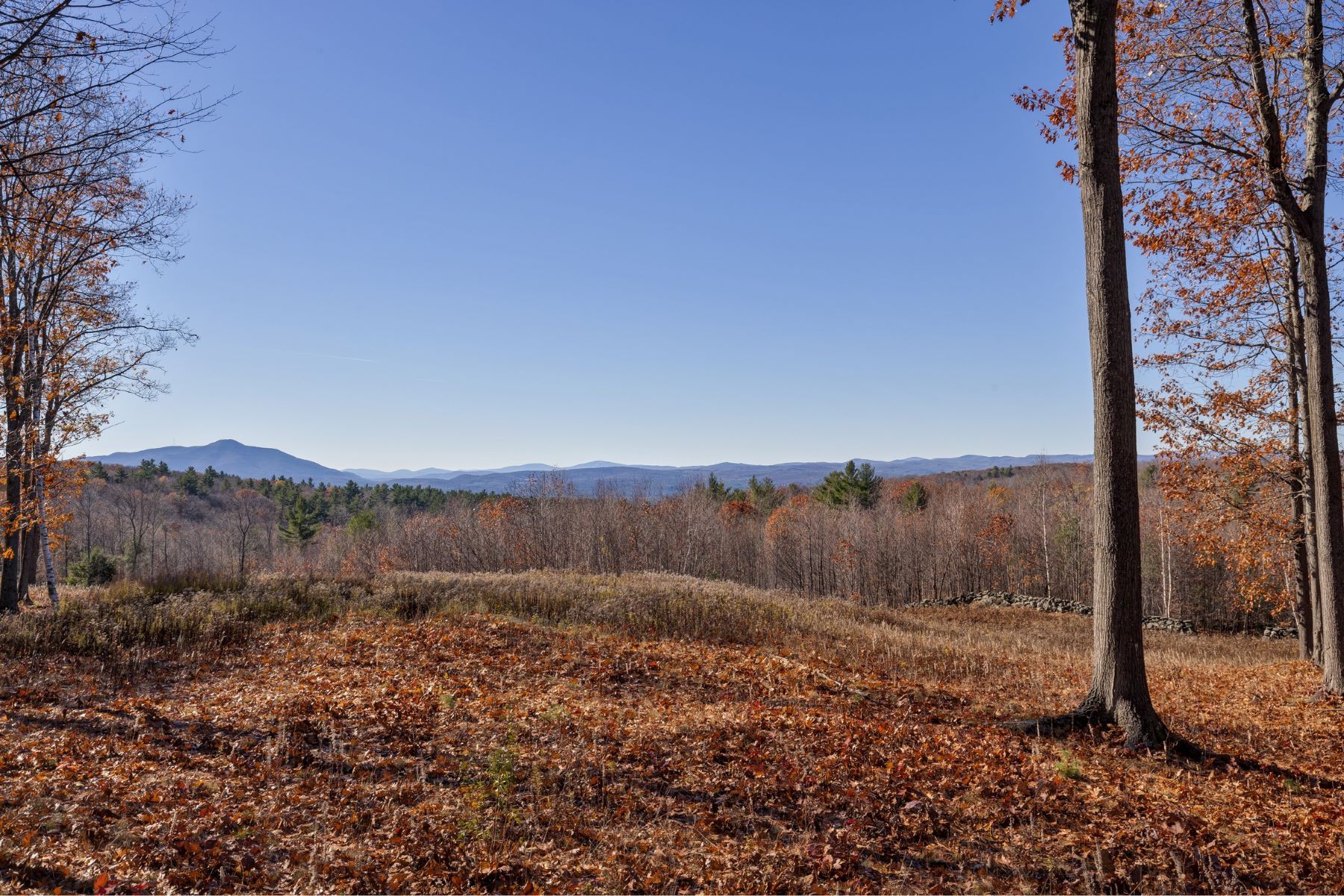 Single Family Home for Sale at Acreage and panoramic views 210 Columbus Jordan Rd Plainfield, New Hampshire, 03770 United States