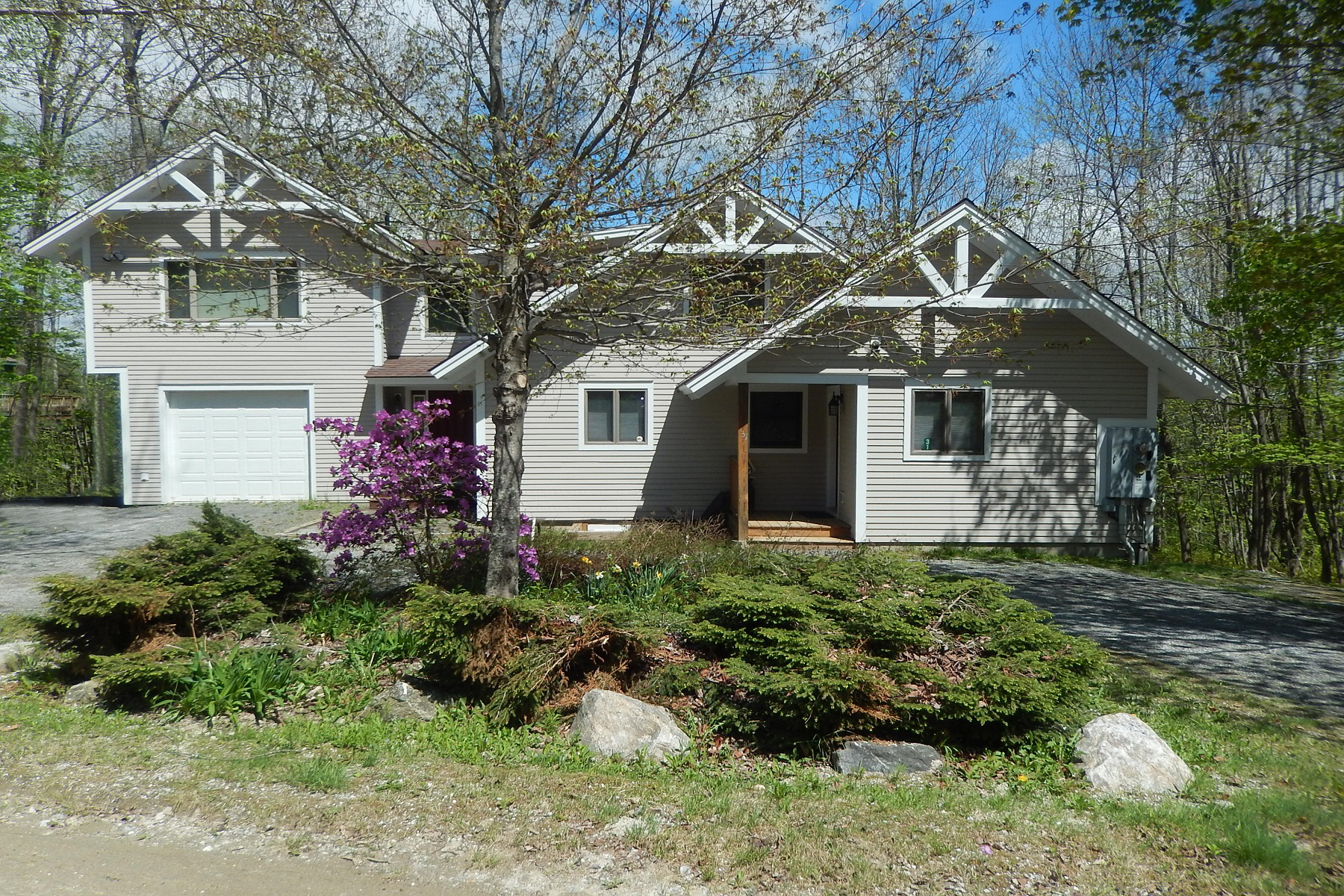 Single Family Home for Sale at Mountain Living on Okemo! 31 Komula Ludlow, Vermont, 05149 United States