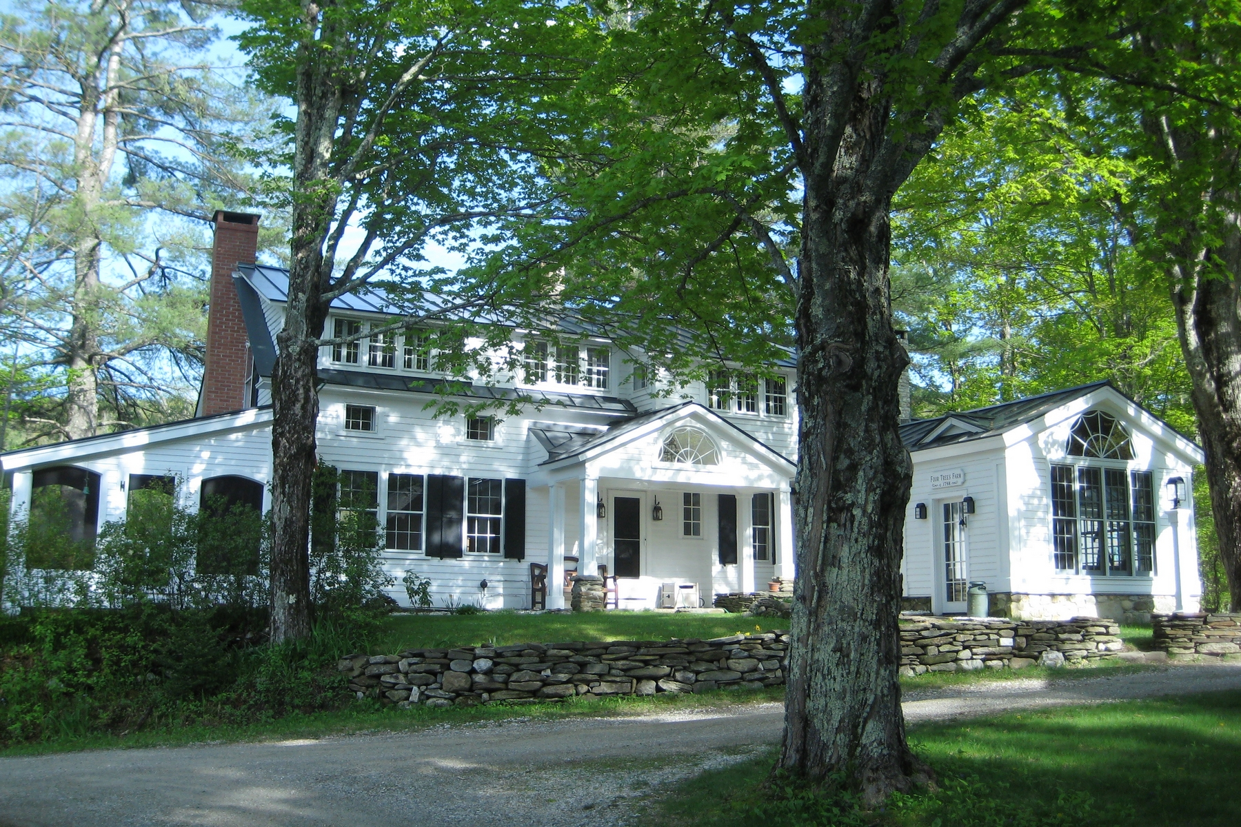Single Family Home for Sale at Charming Country Estate 5236 Vermont Route 100 Wardsboro, Vermont, 05360 United States