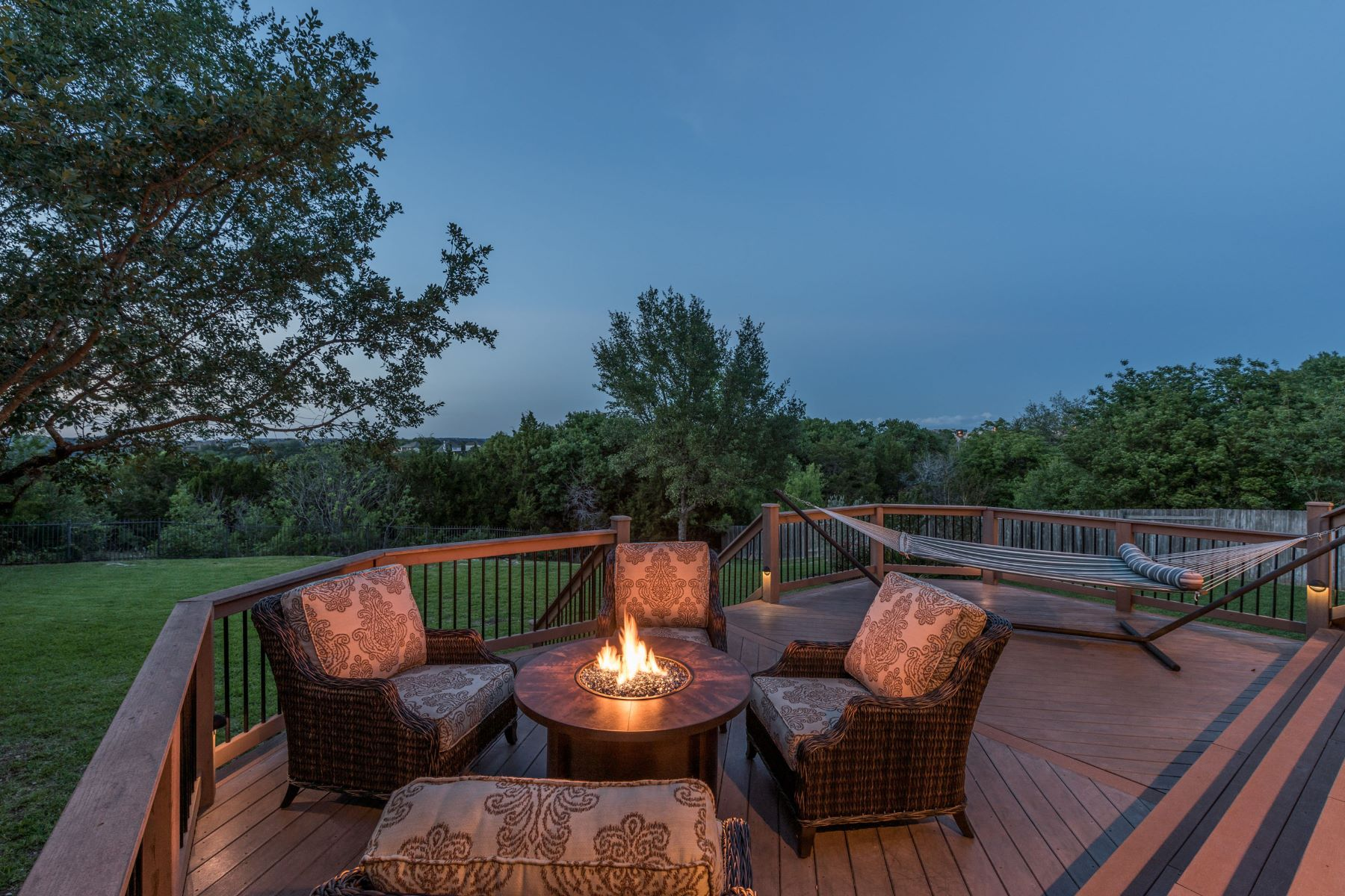 Additional photo for property listing at Tranquility and Incredible Views 12816 Capella Trl Austin, Texas 78732 United States