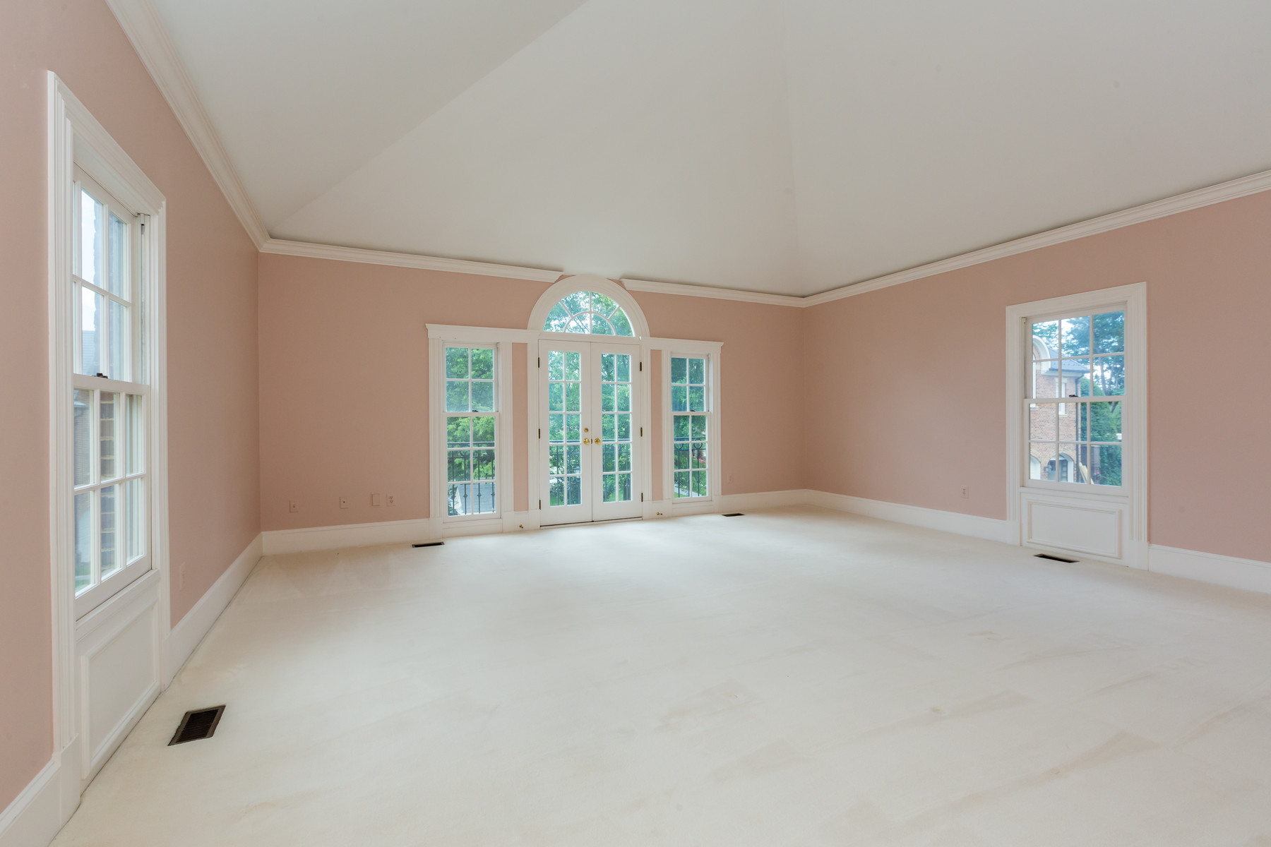 Additional photo for property listing at 1209 Stuart Robeson Drive, McLean  McLean, Виргиния 22101 Соединенные Штаты